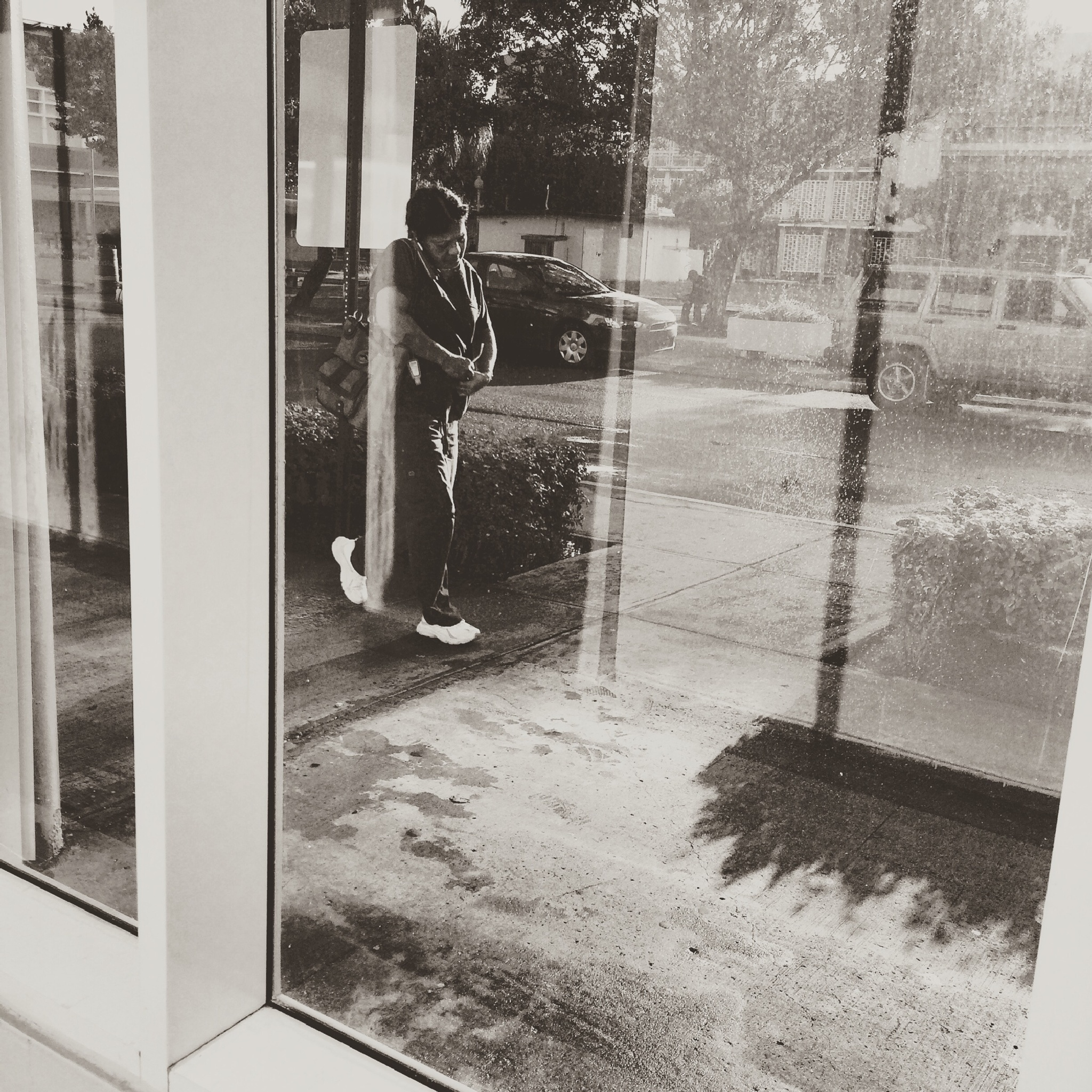 Thru the window by Nilda64pr