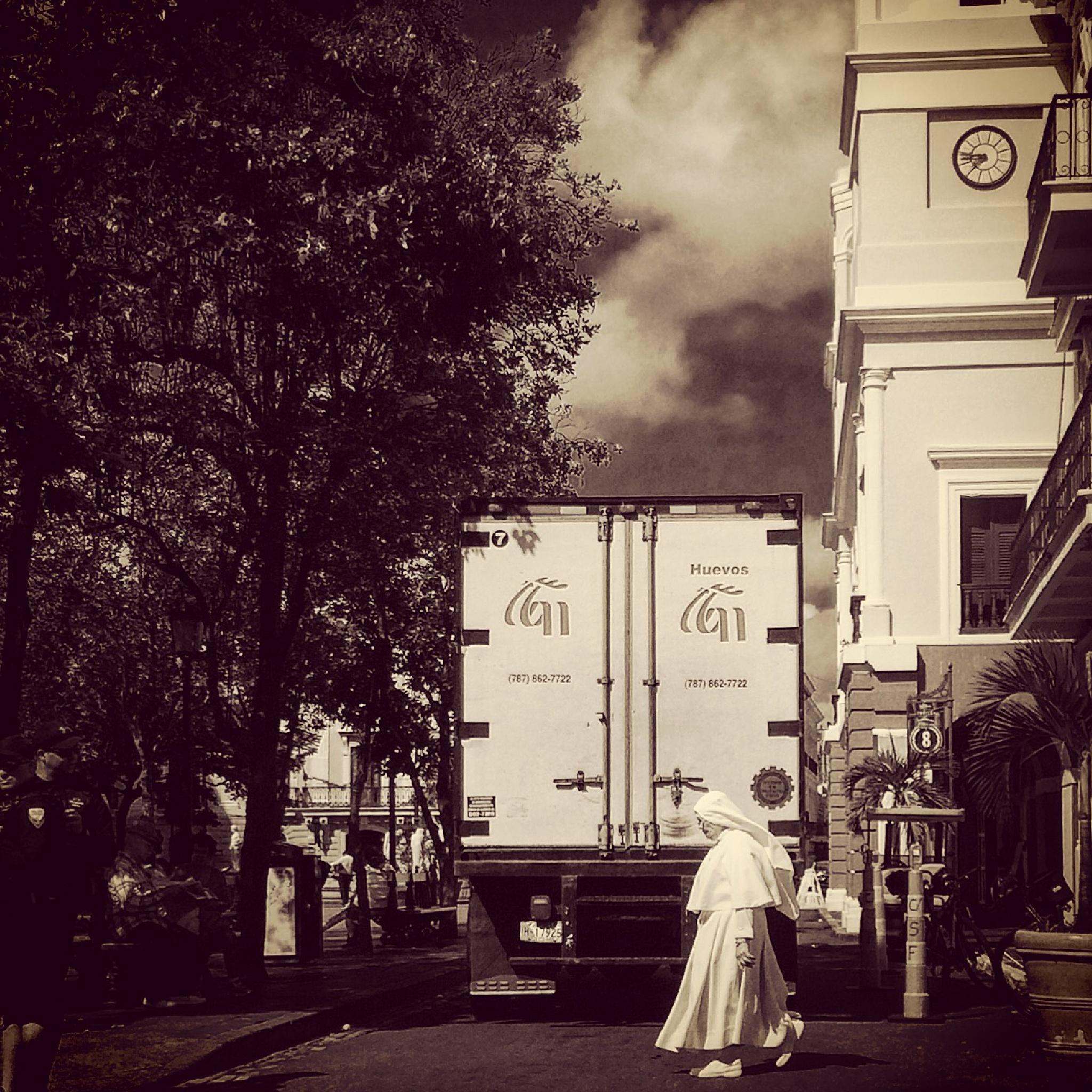 Nun crossing by Nilda64pr