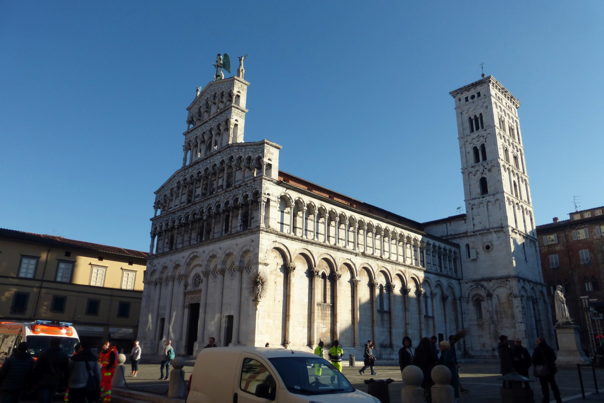 church at lucca by Misa Amane