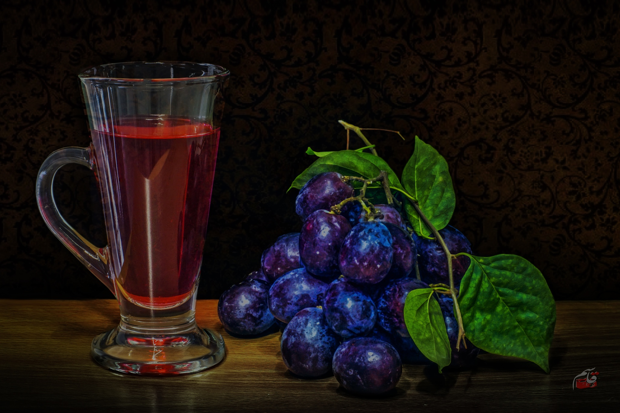 Grape juice by Qasem El Akhdar