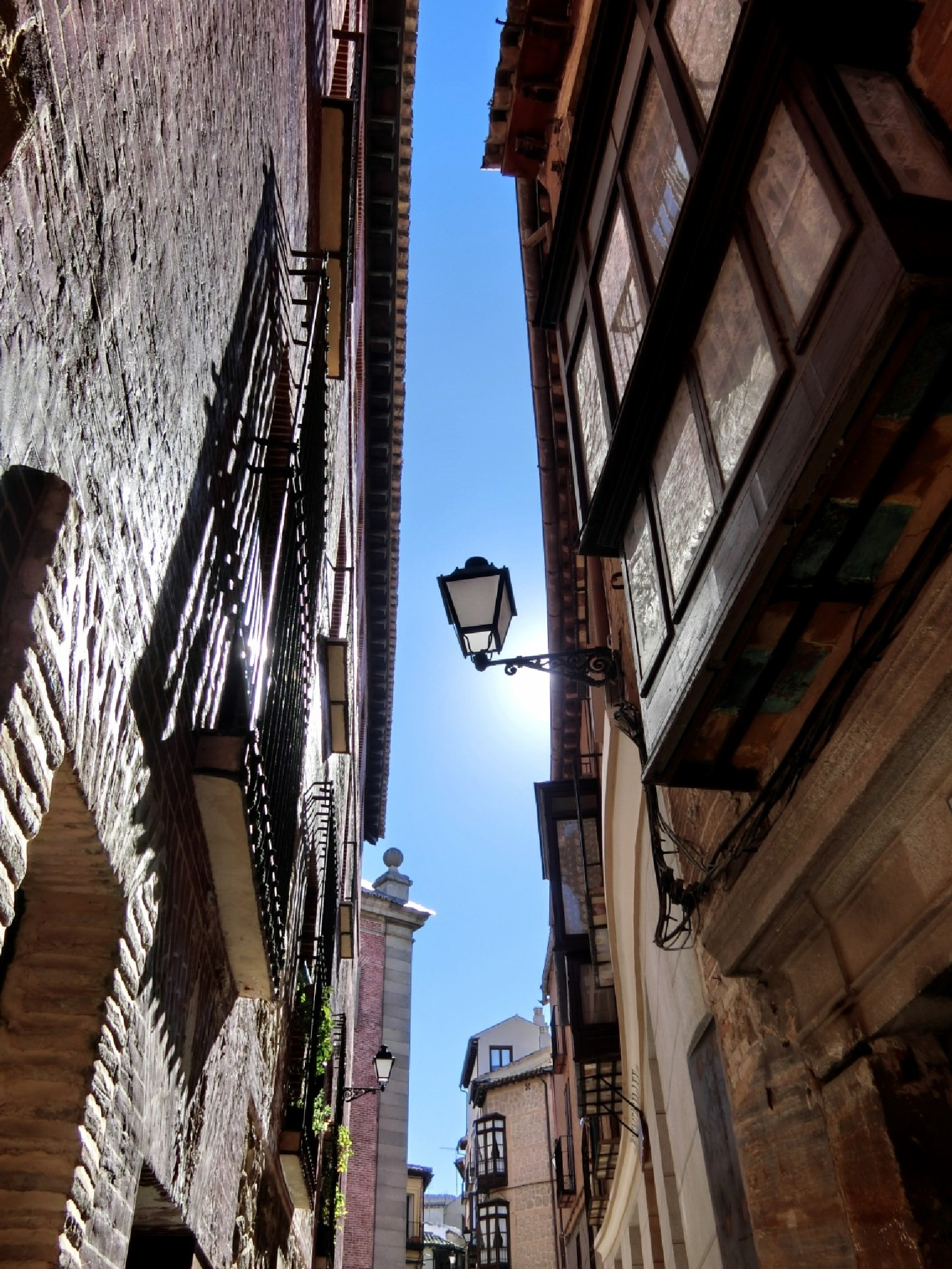 Inside the old town of Toledo by pop88123
