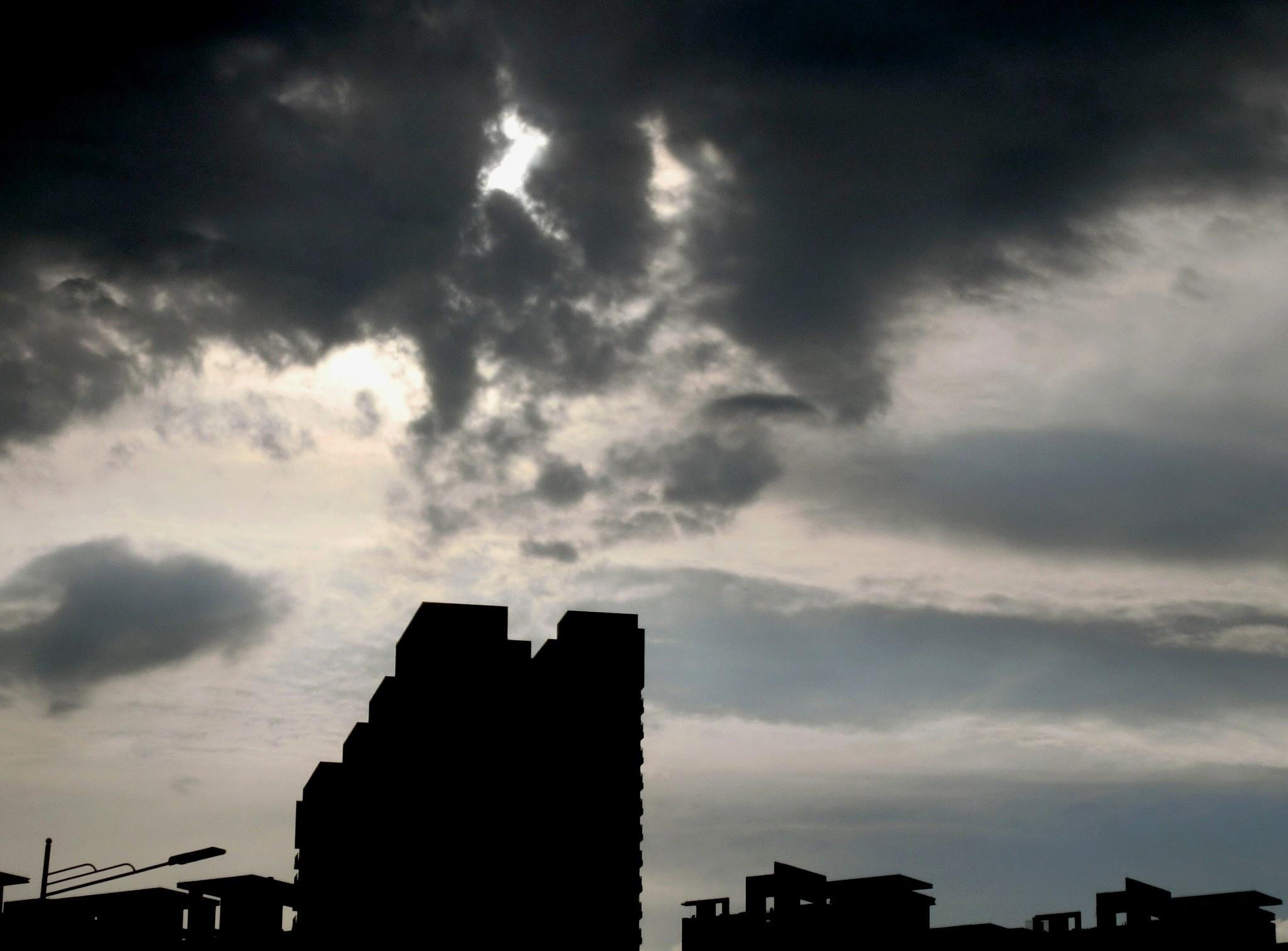 Mystic clouds (2 ladies dancing), Lian Nan by pop88123