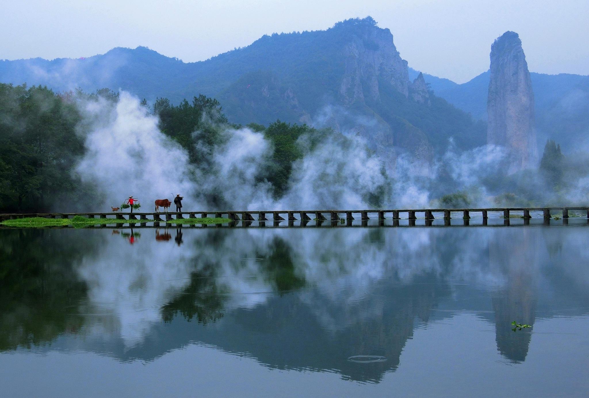 Xiandu Lake-1 by pop88123