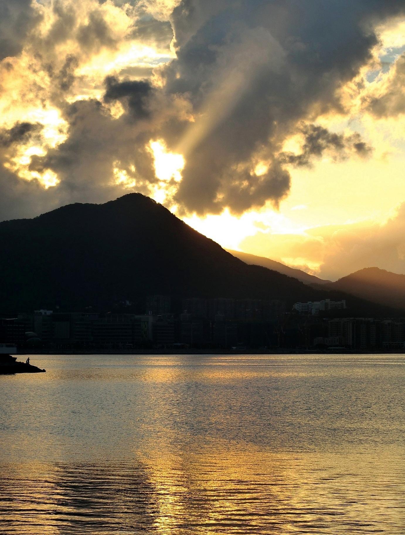 Wu Kai Sha sunset-2 by pop88123