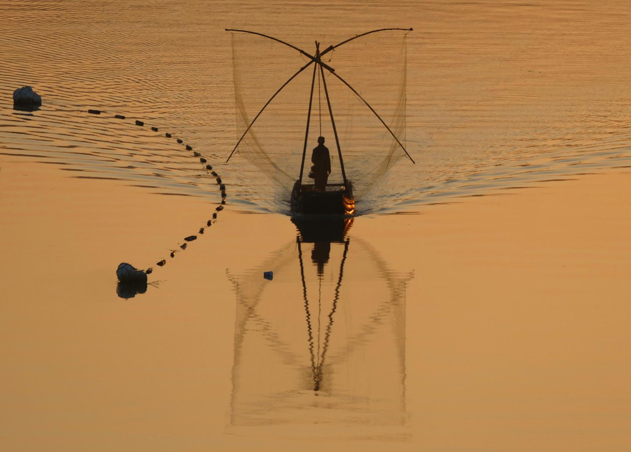 Fisherman, Xia Qing Shan-2 by pop88123