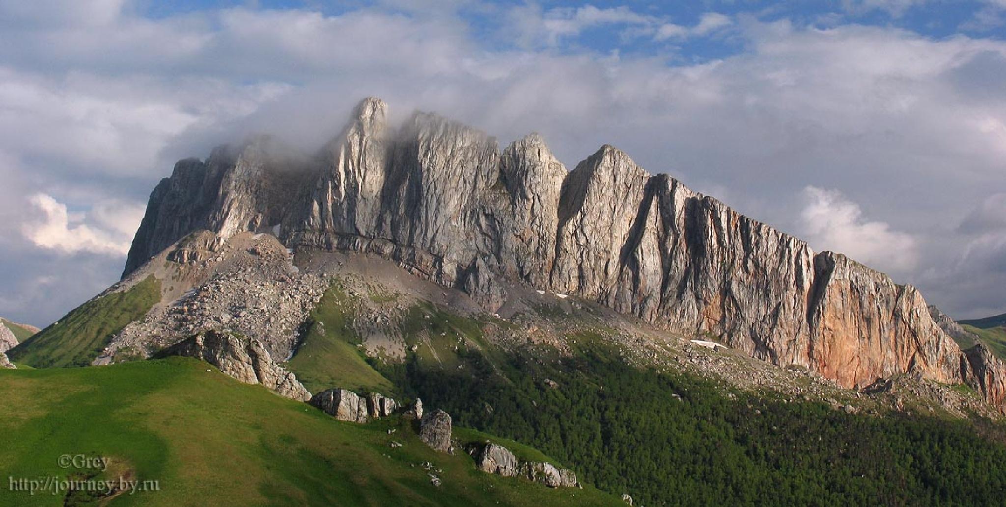 Cloud citadel by Sergey Pavlov