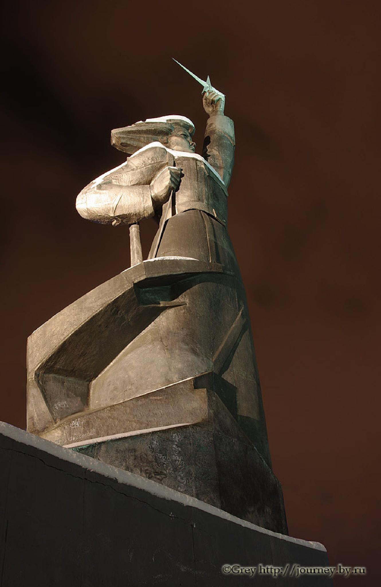 Monument by Sergey Pavlov