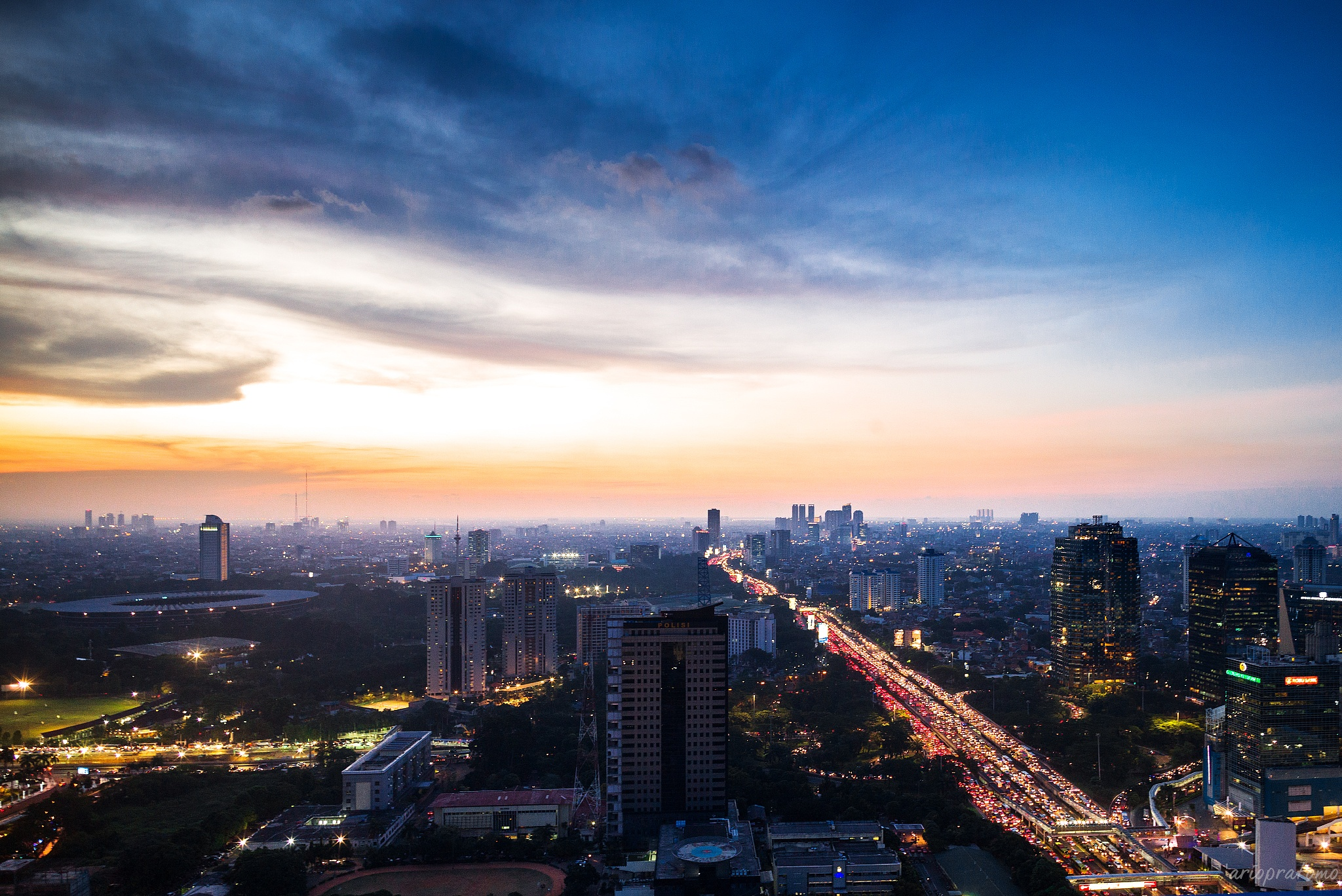 Jakarta Horizon by ariodeh