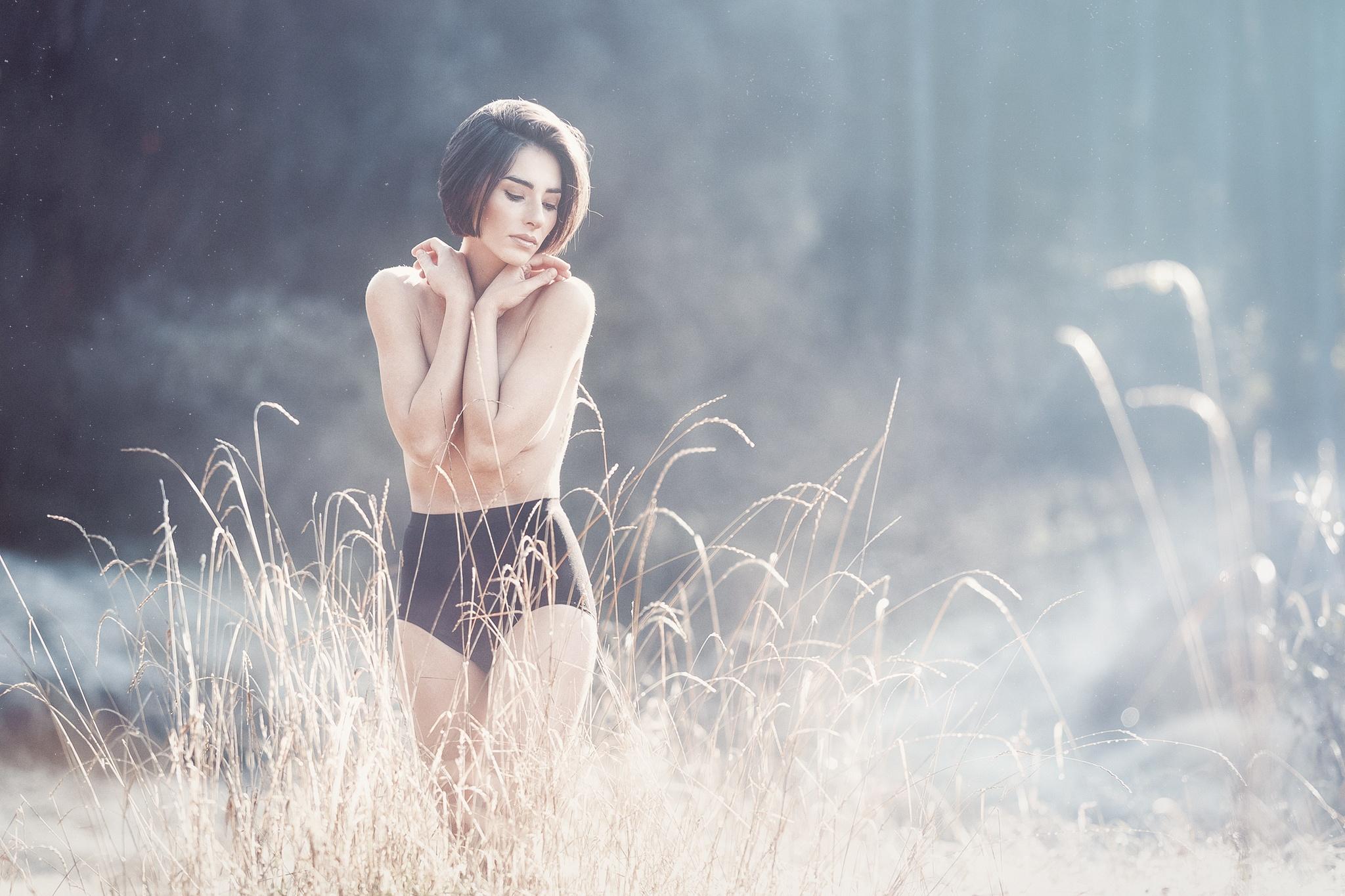 glooms beside by Oujasenne Muhlen