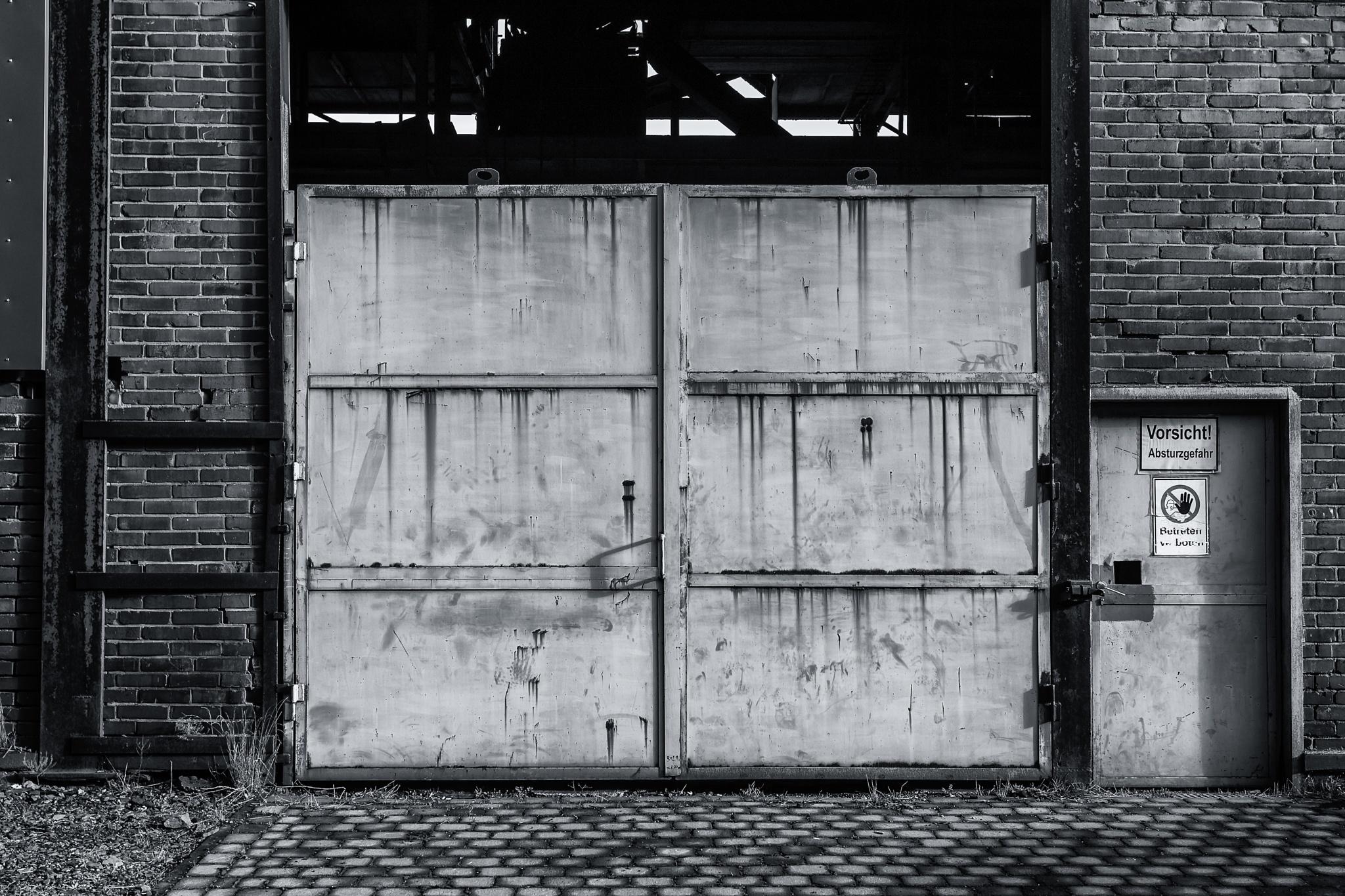 Door 3-7 by Bernd K.