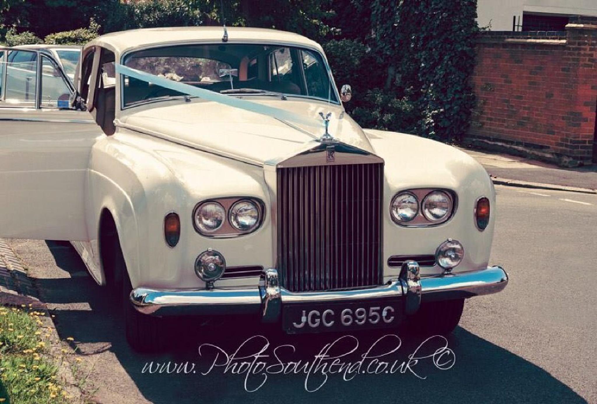Rolls-Royce by c.s.willett