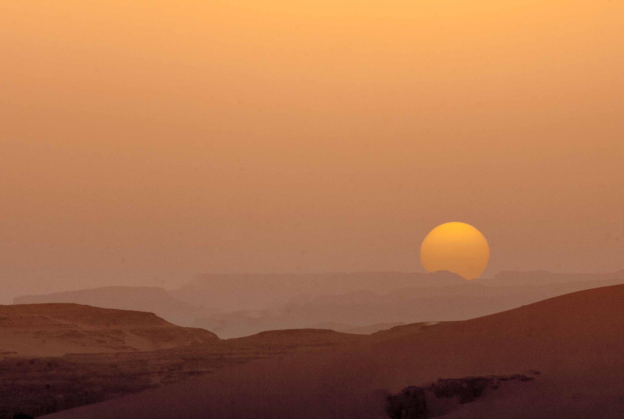 Warm Golden Sunsets  by Djaafar Koudia
