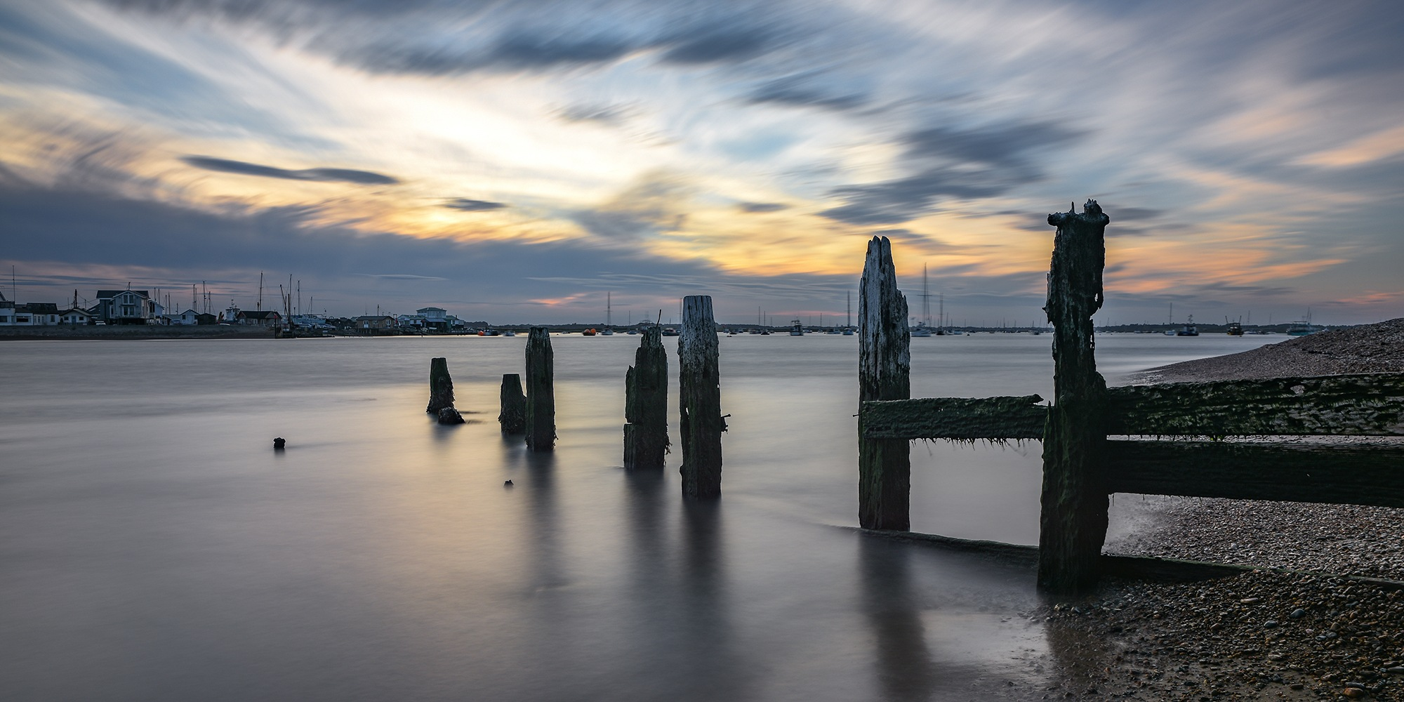 Bawdsey Sunset by jonkennard