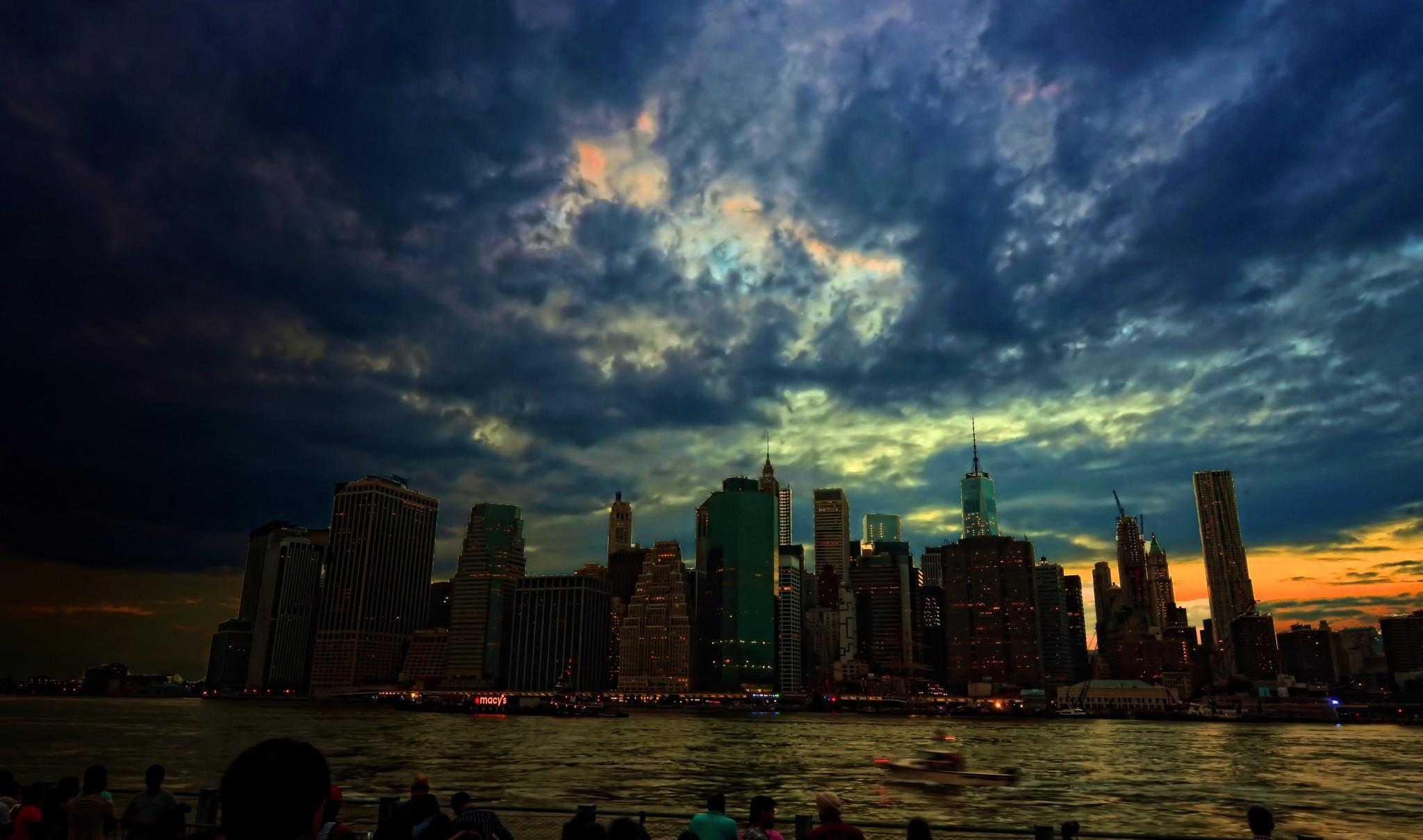 Macy's Fireworks Display NYC by Nelson Sibulo
