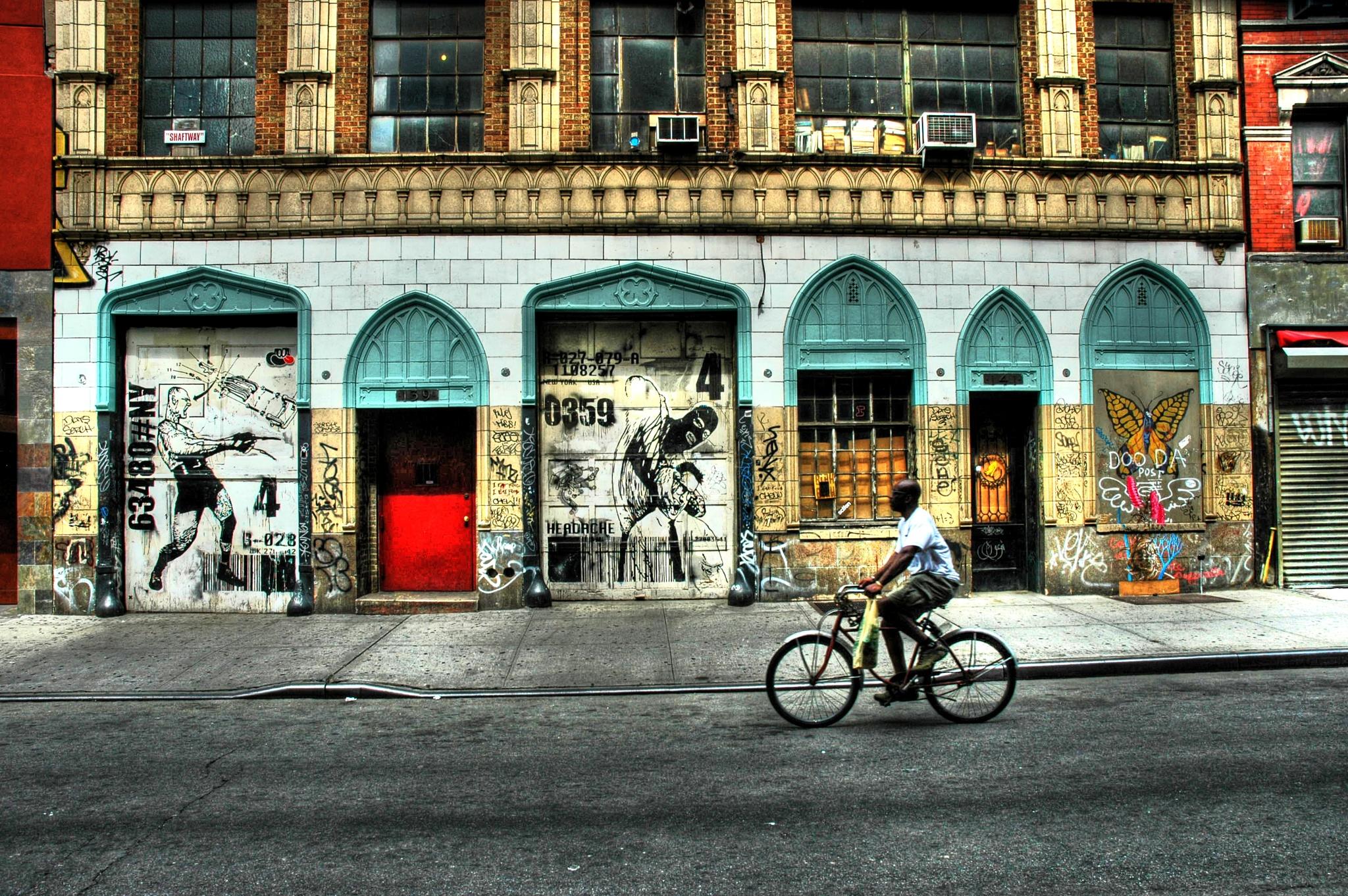 Graffiti NYC Style by Fotoguy