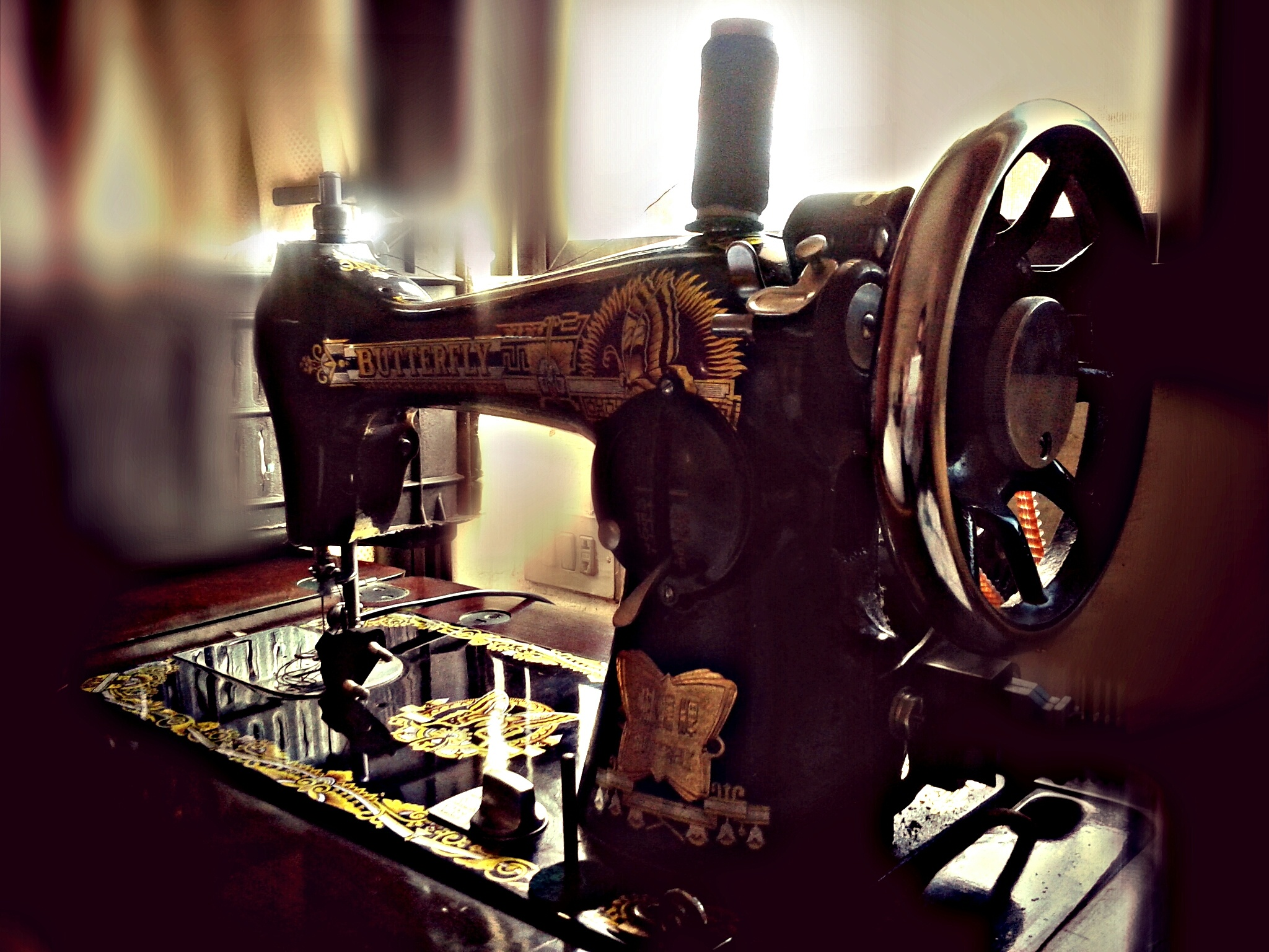 sewing machine by colours