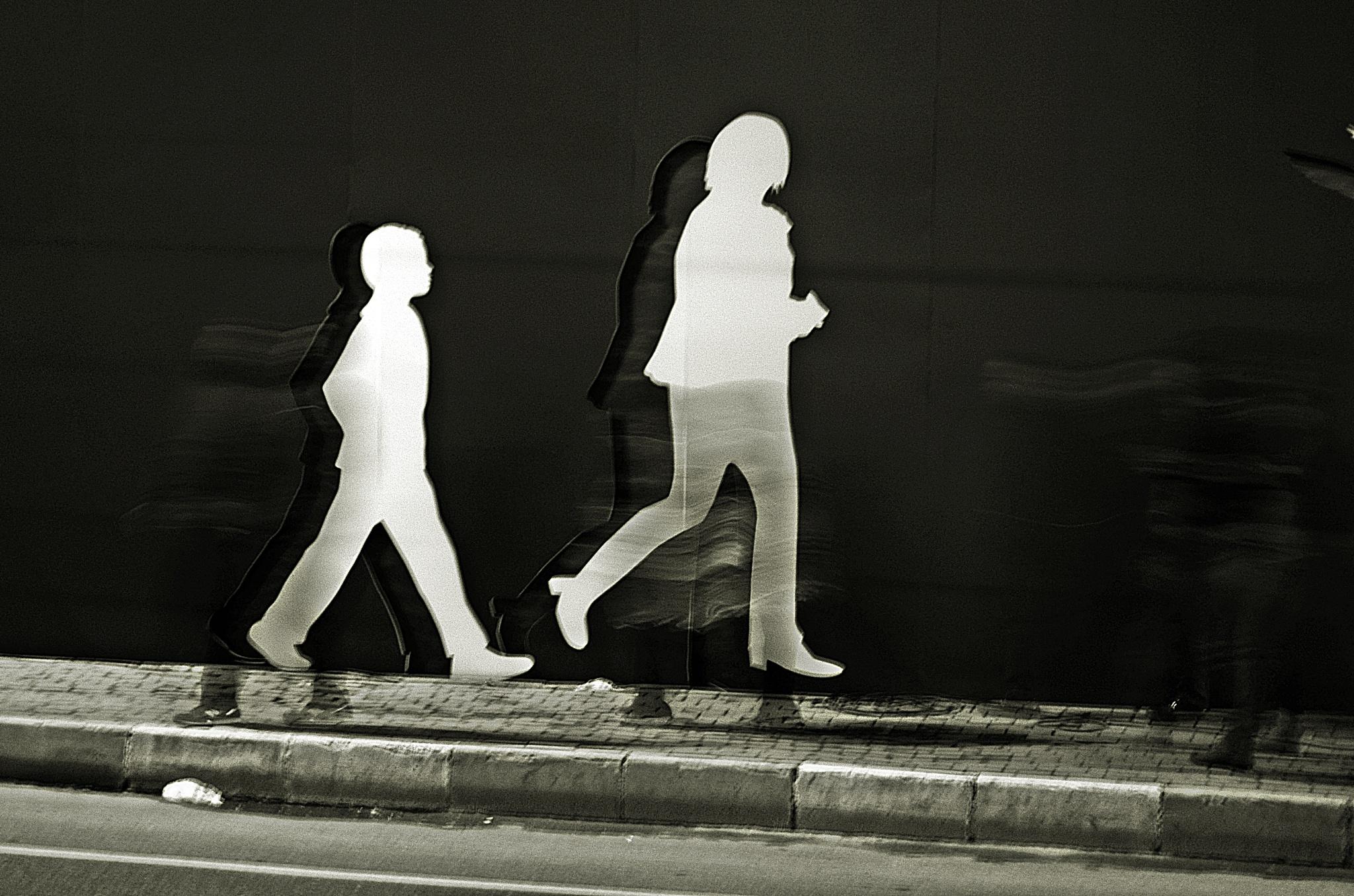 Gidiş dönüş by Demet Alper