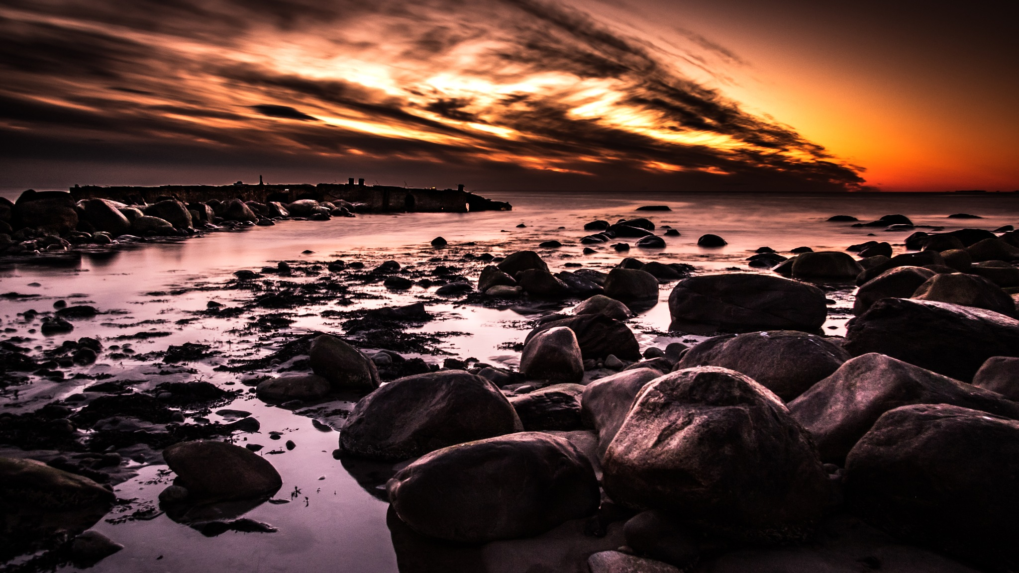 A sundown in paradise  by Jakob Sigurðarson