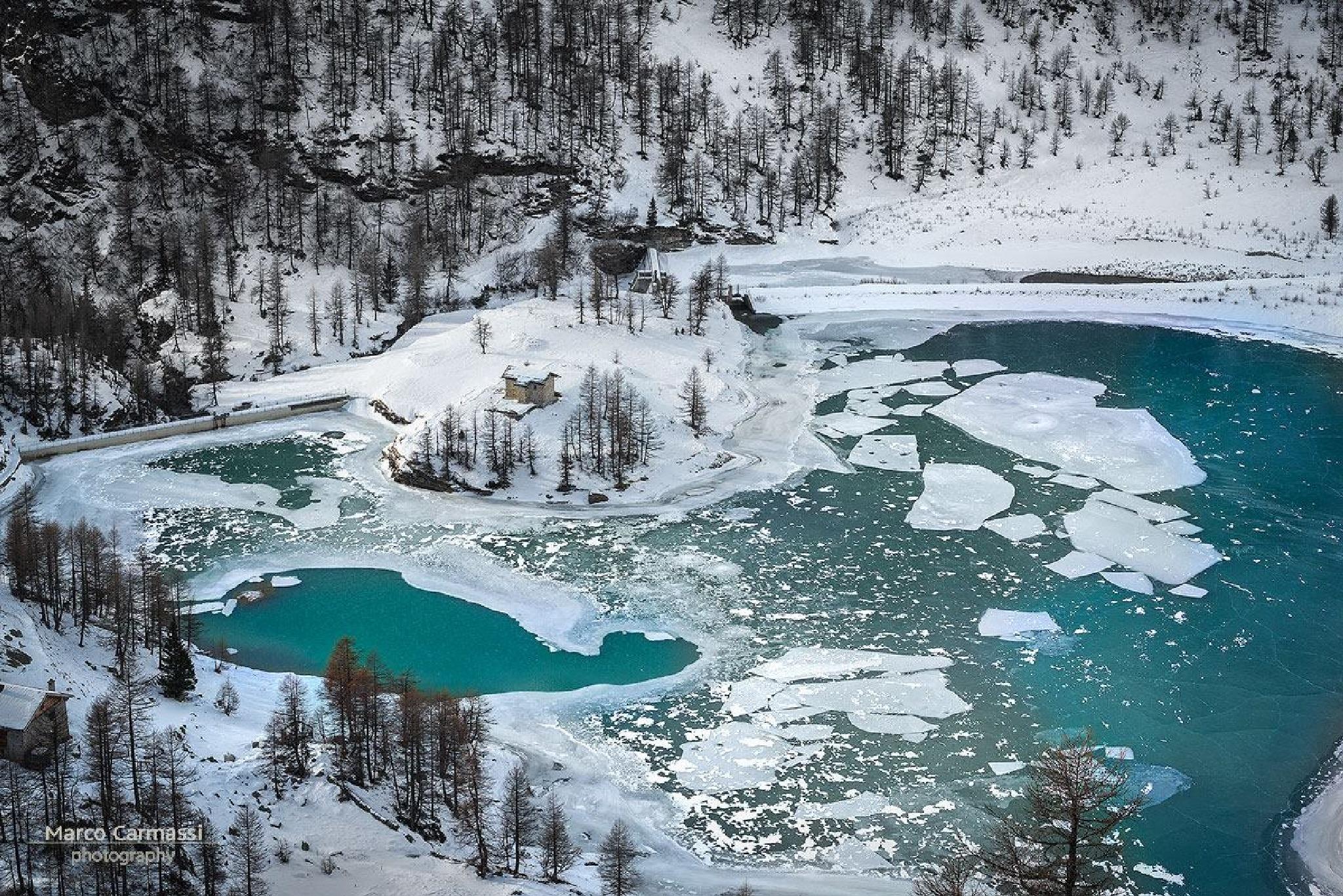 Alp Grüm Switzerland (Lake view) by marco_carmassi