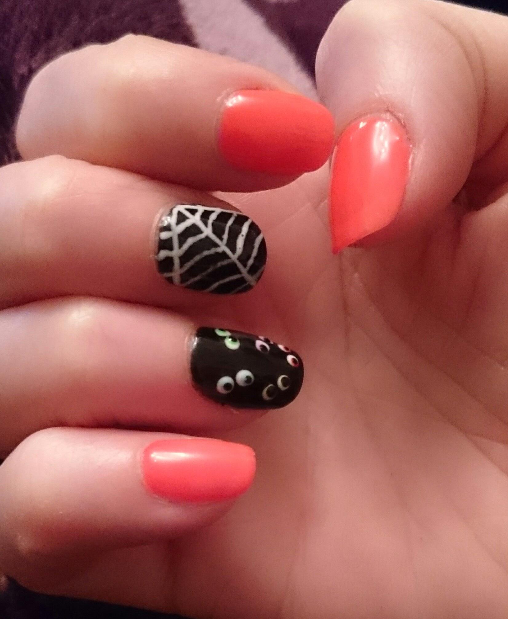 fun nails  by adzamrx3