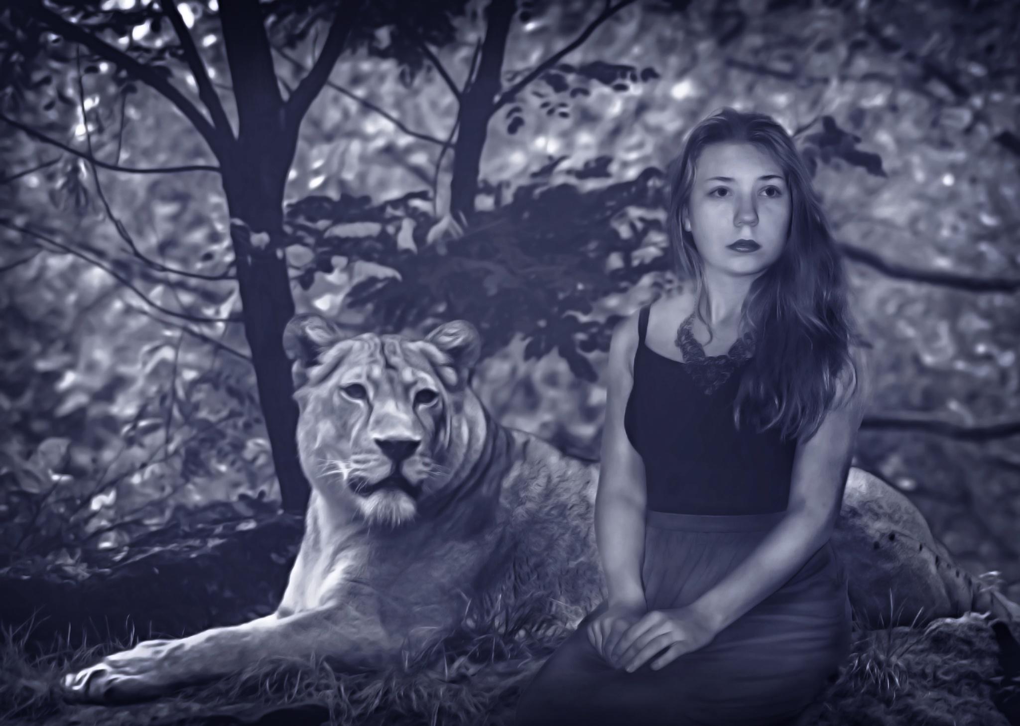 Löwenmädchen by jennilucht