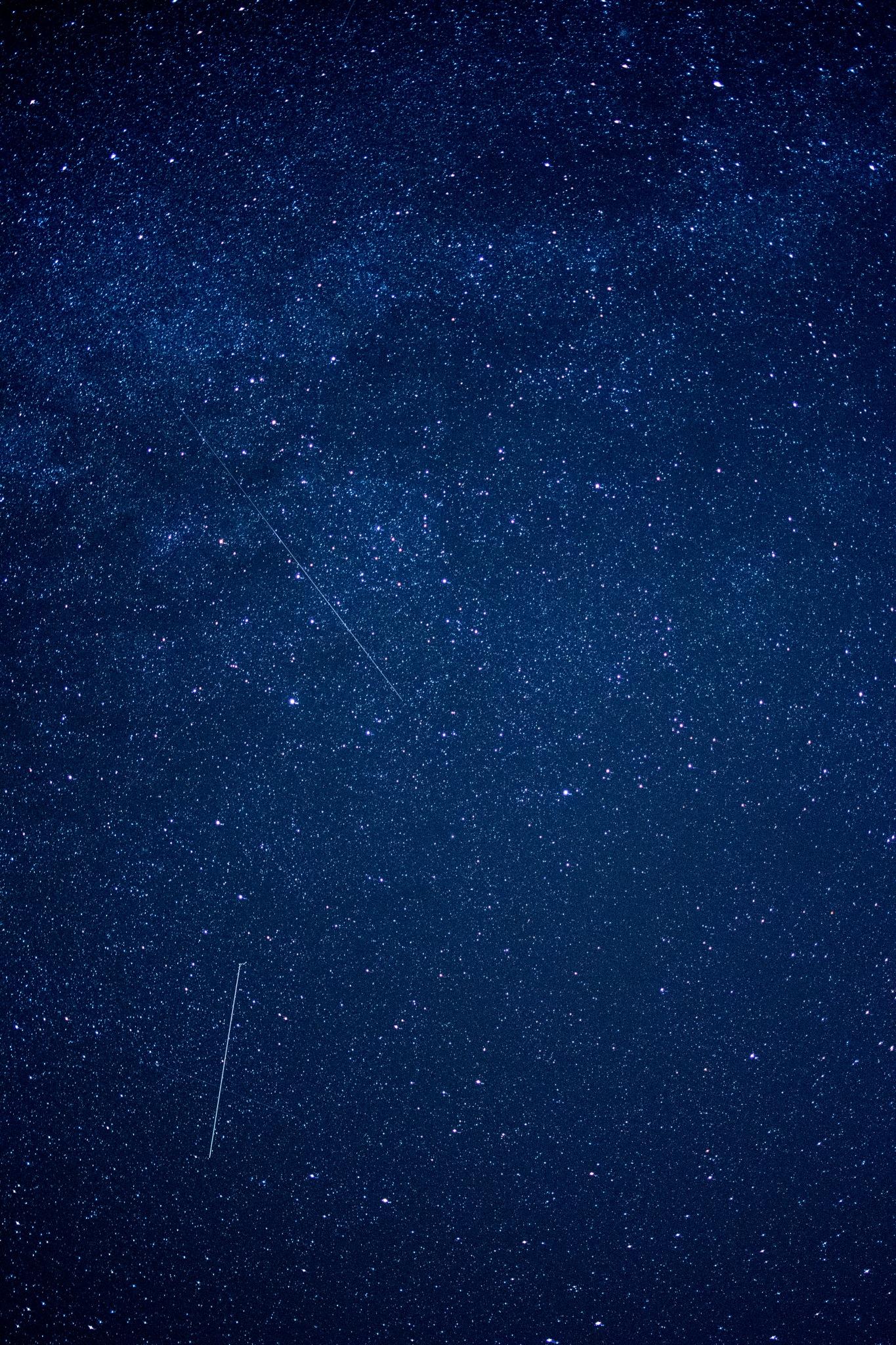 Falling stars  by wwiader