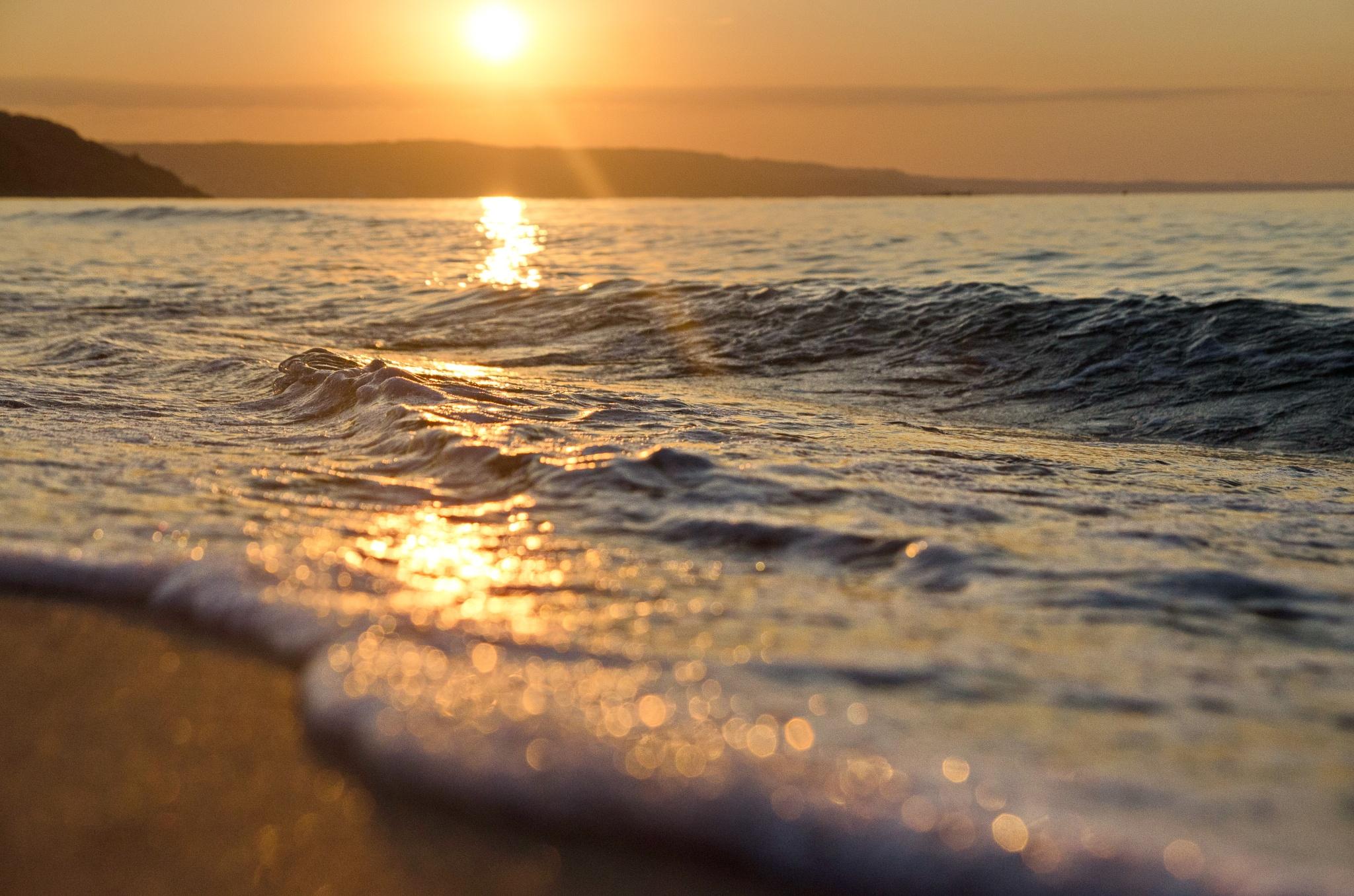 sunrise wave by edyctin