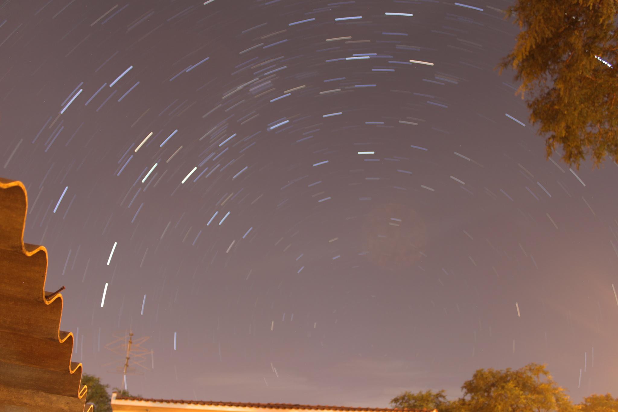 Star Trail test. by Igor Souza Martins