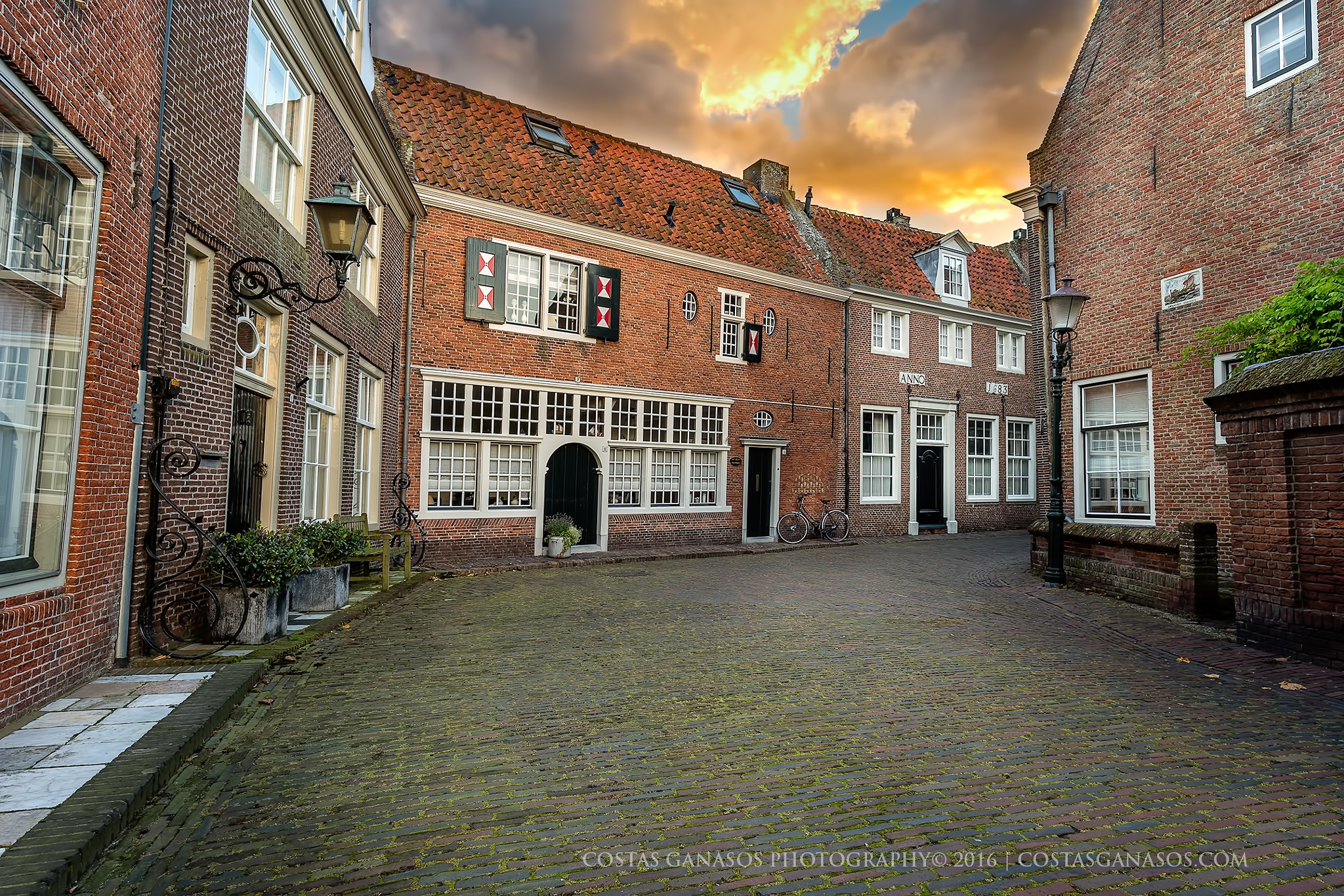 In the streets of Enkhuizen by CostasGanasos