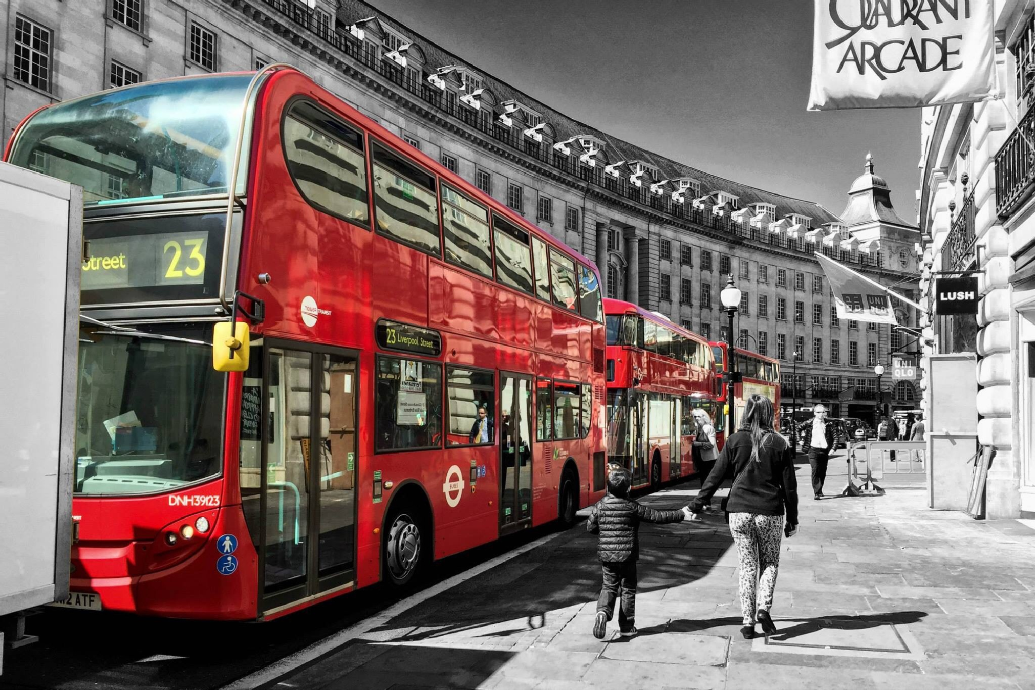 Streets of London by Elfort
