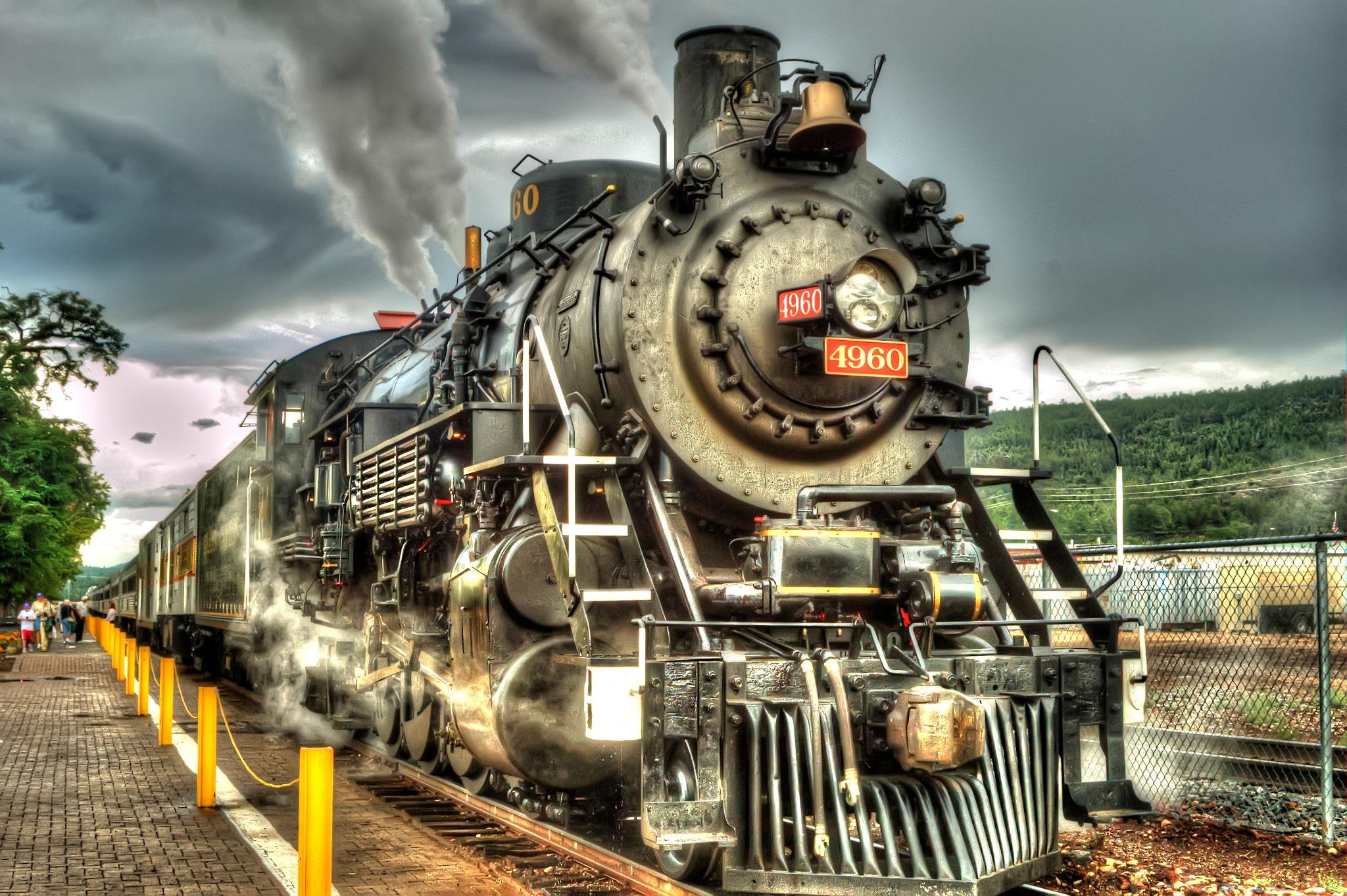 Engine 4960 by Paul Deveau