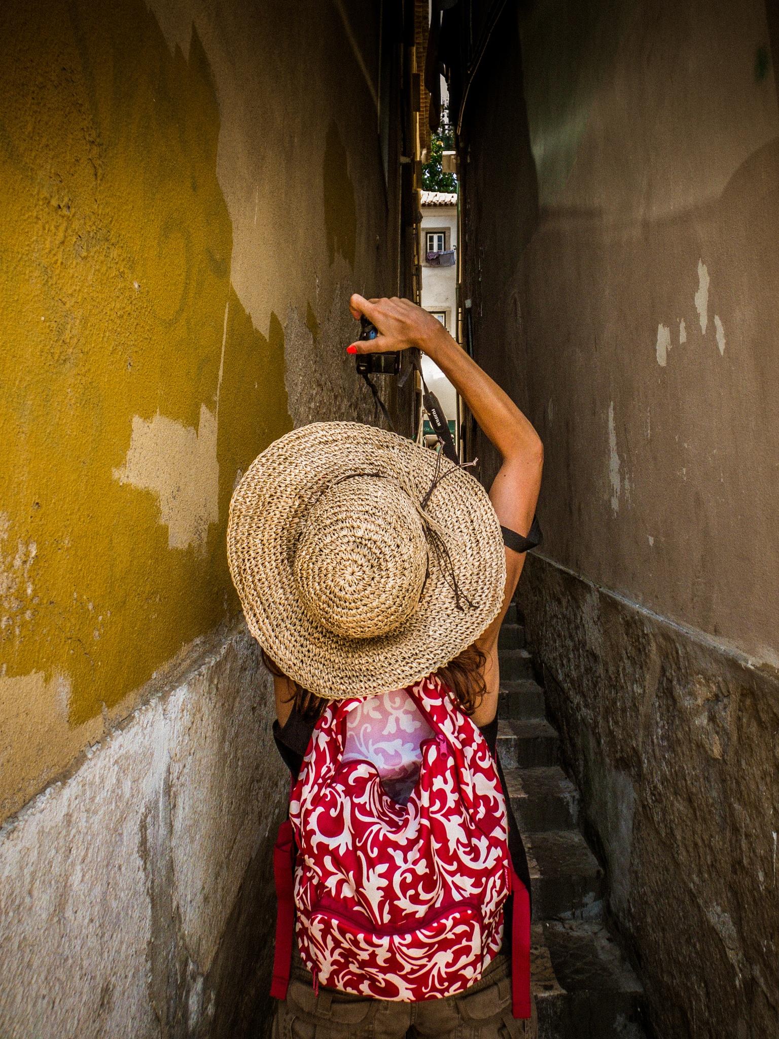 narrow street.... by Rui Assis