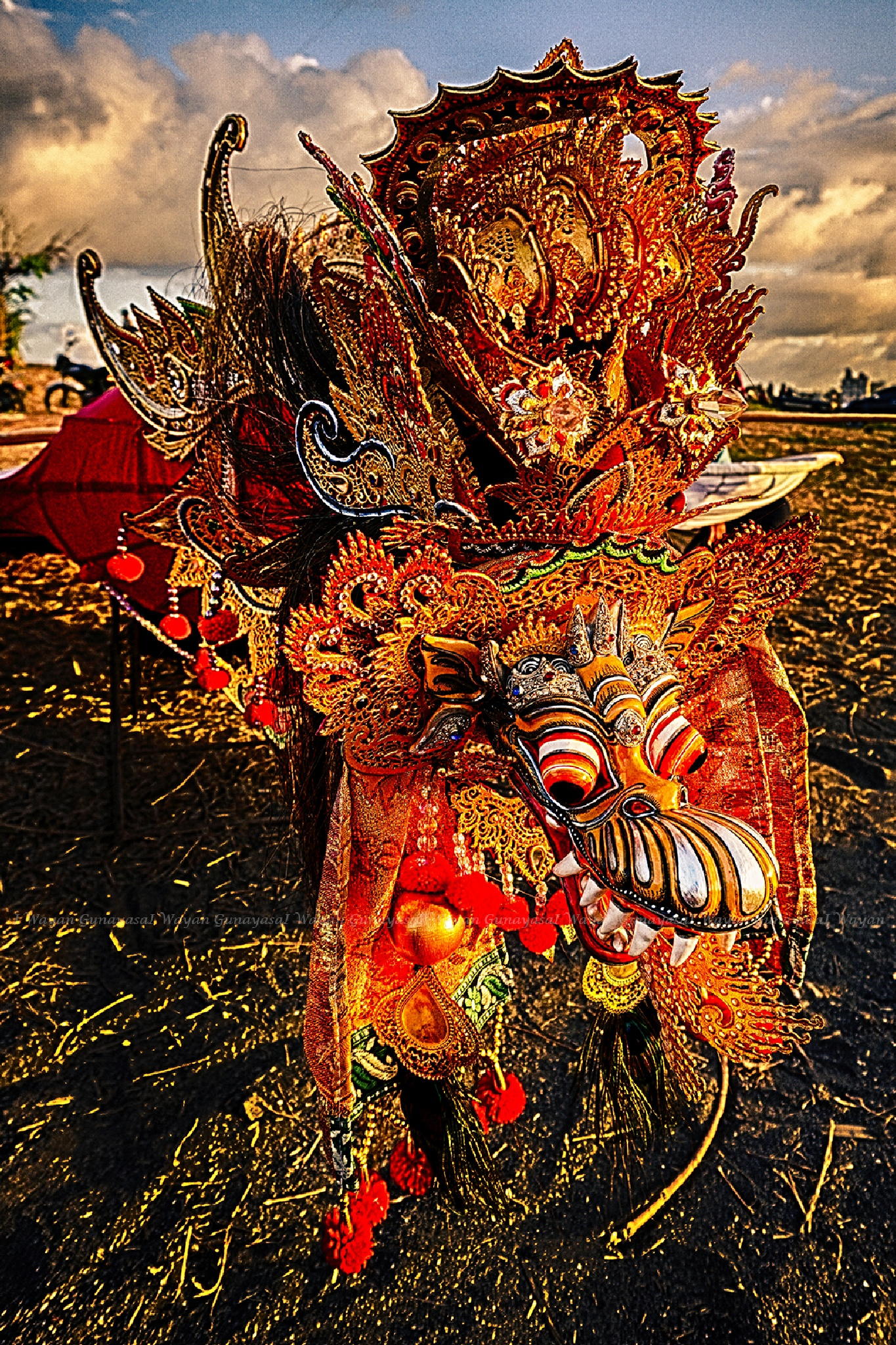 Head of Balinese traditional kite by yangunayasa63