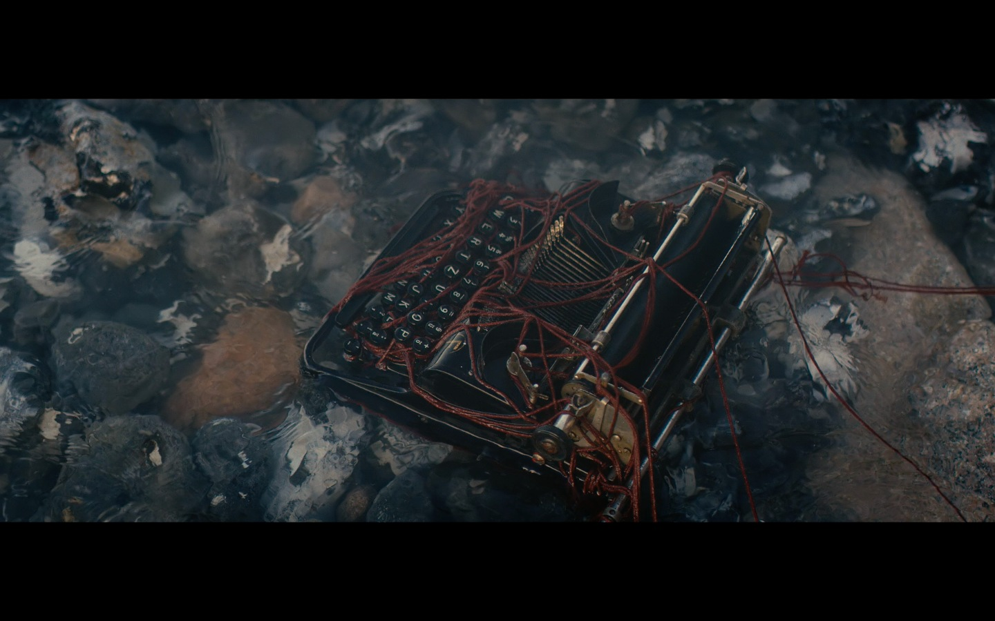 What do I Know – Music Video Frame by Timm Markgraf