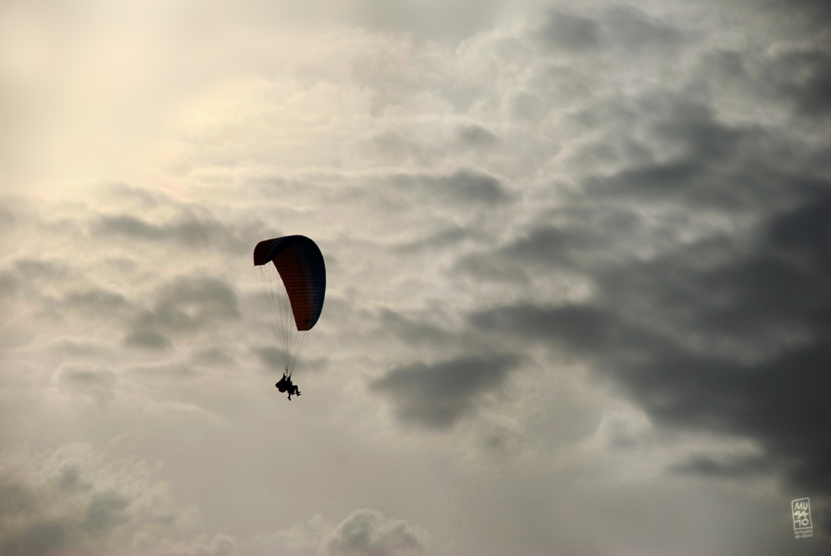 Paragliding  by Musato