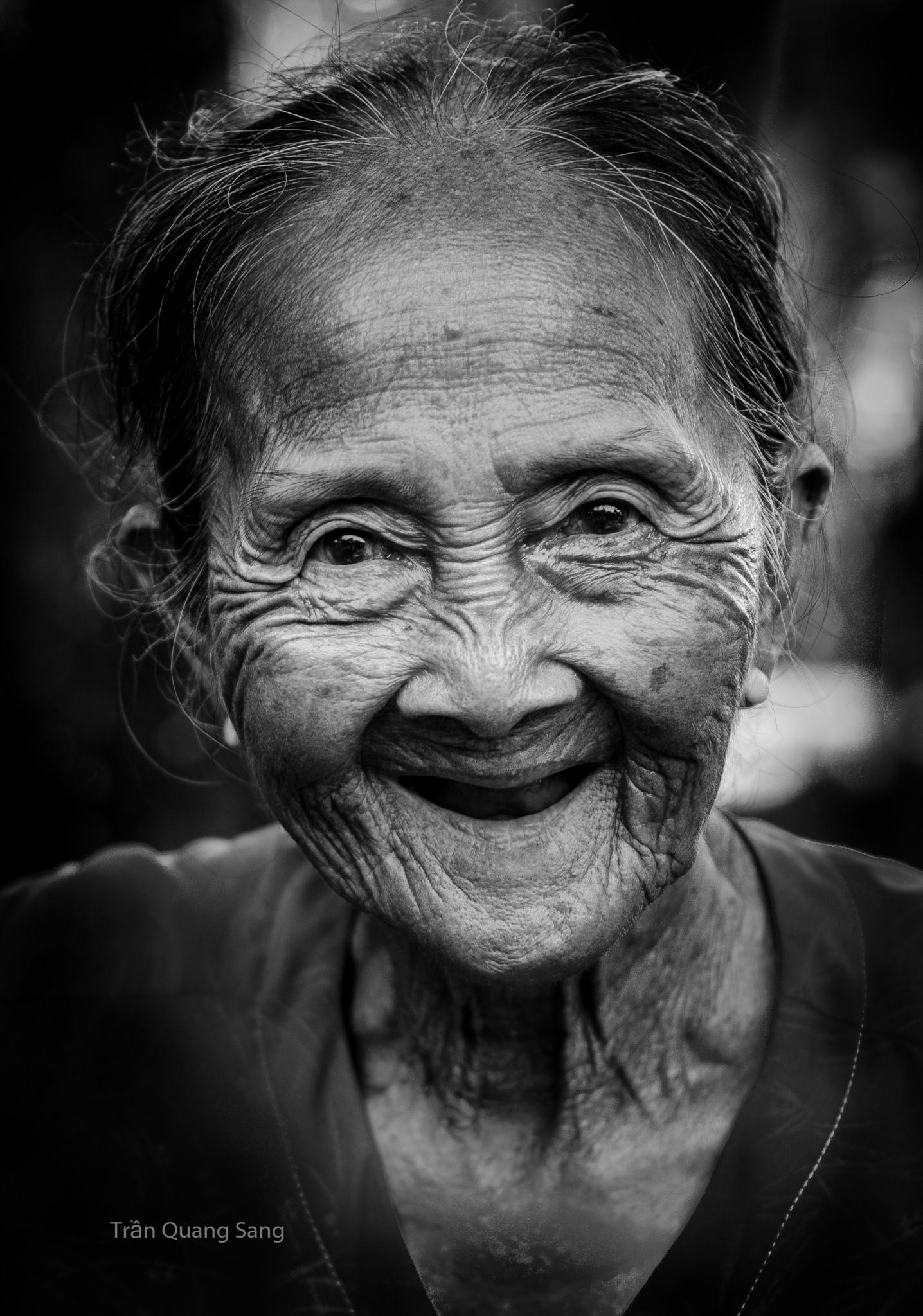Smile by tranquangsang