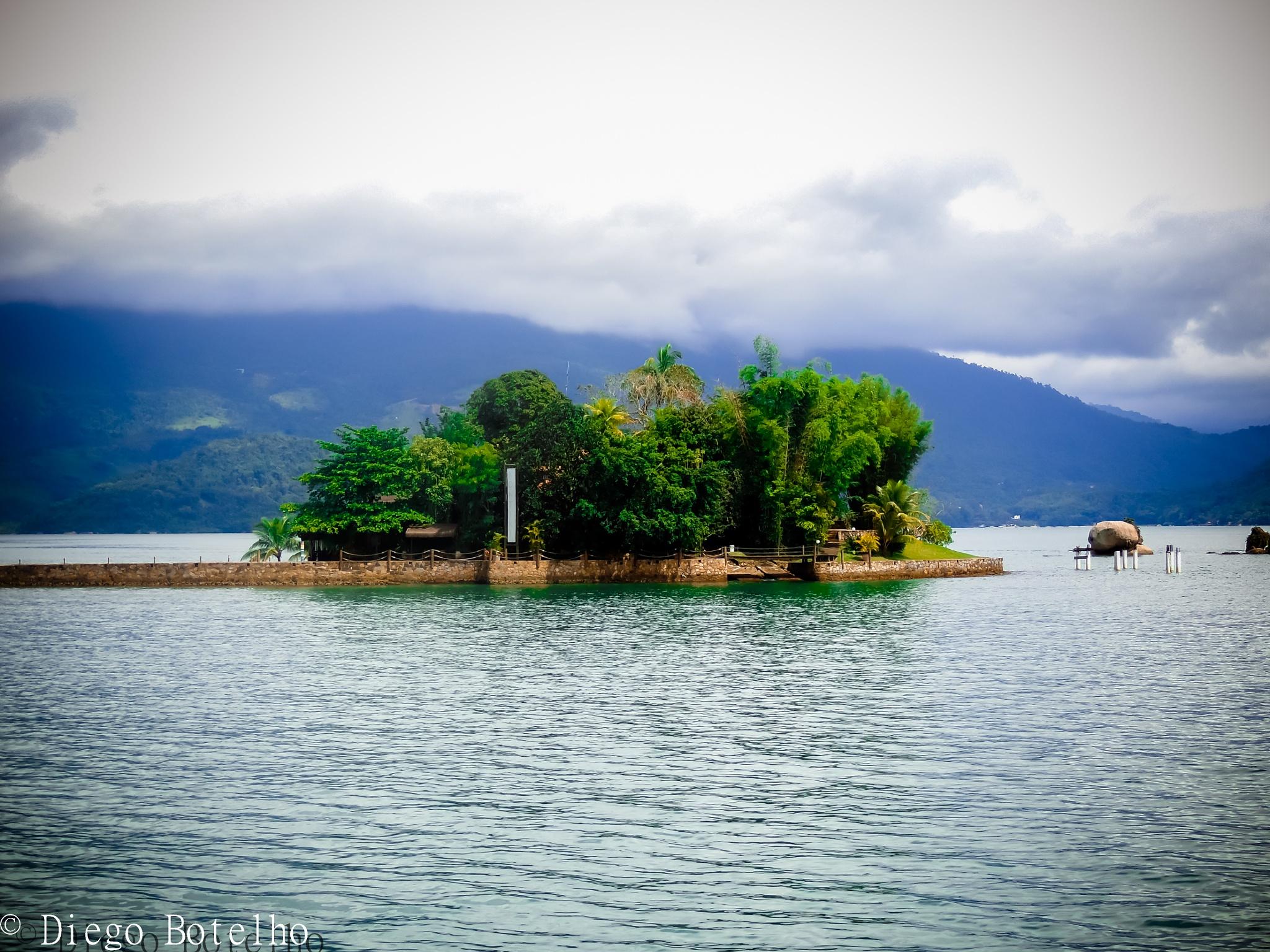 Ilhas de Paraty by Diego Botelho