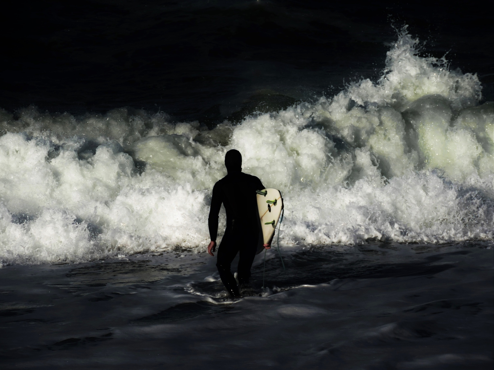 The wave. - La ola by Poldarkk