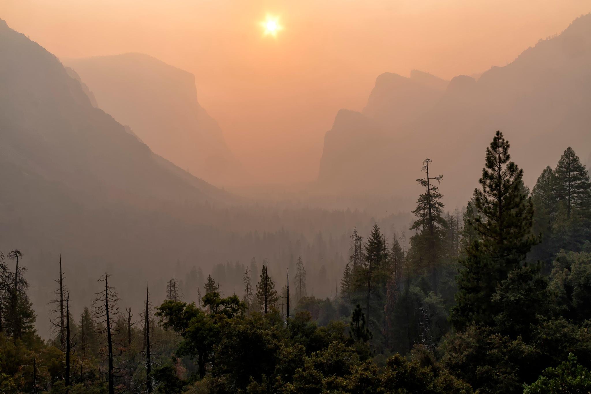 Fire smoke in Yosemite Valley by SterlingLanier