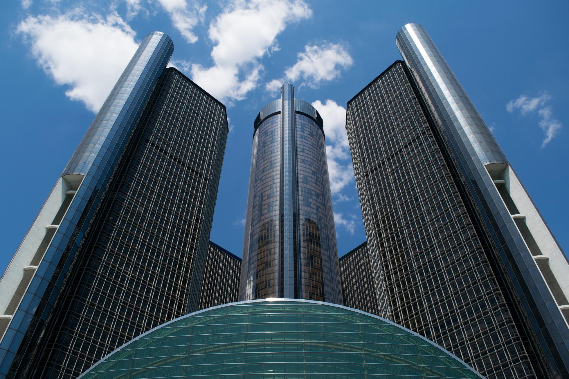 General Motors Rennaissance Center by WesShealey