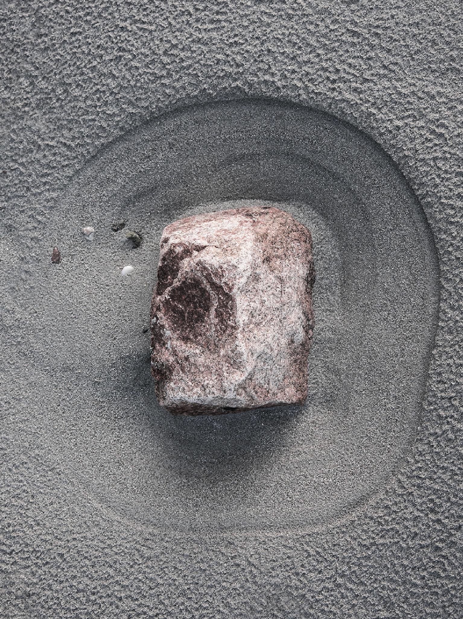 Stone by mistaone