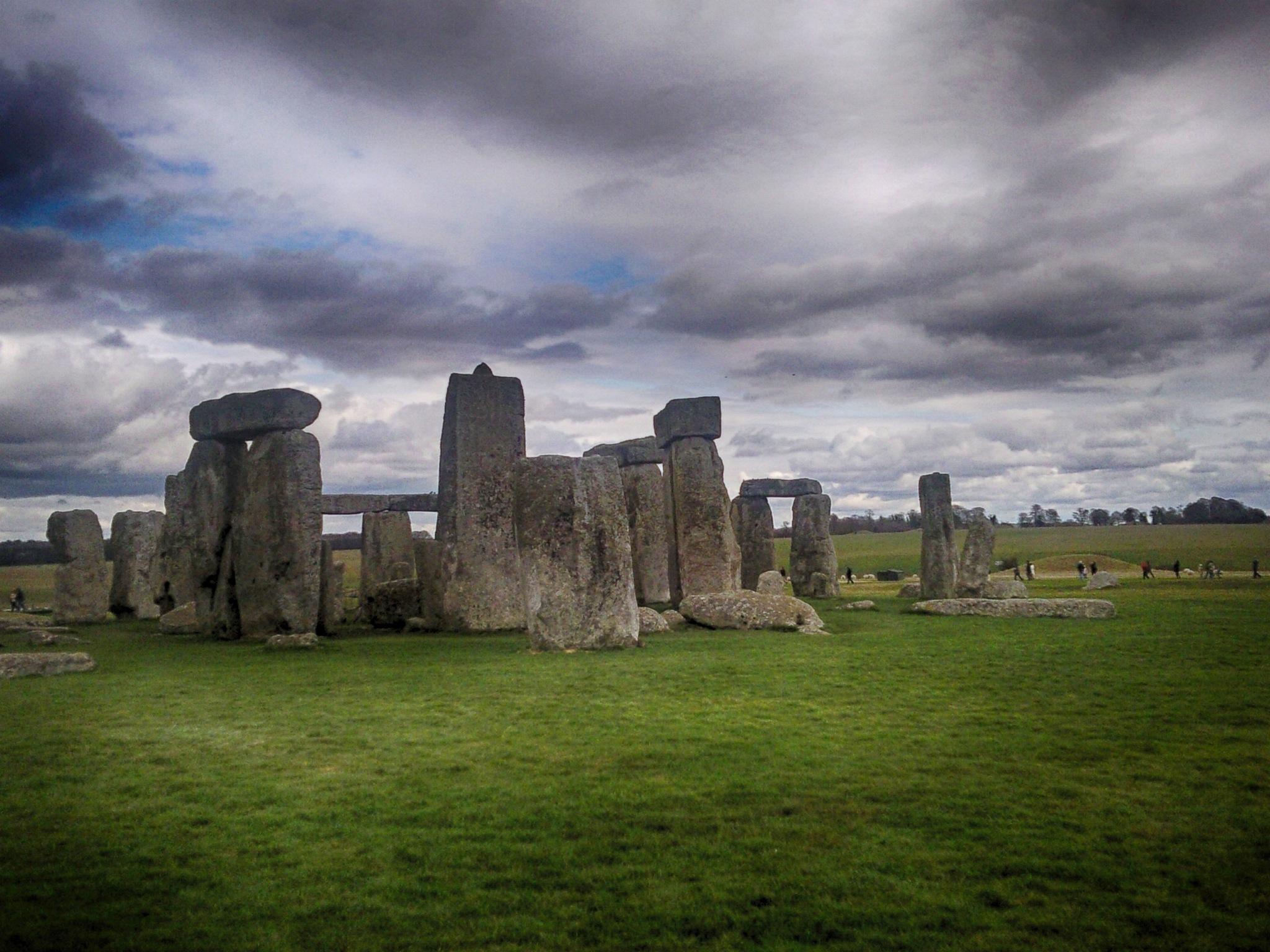 stonehenge by photogaphotography