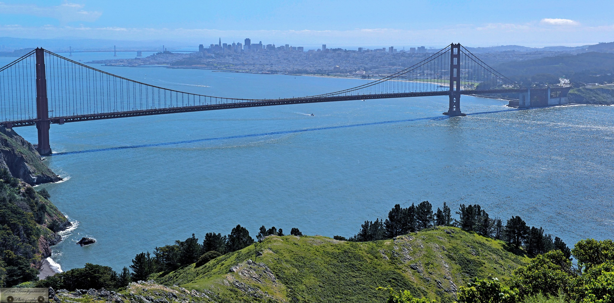 Top view of Golden Gate Bridge by Transfiguracion Images