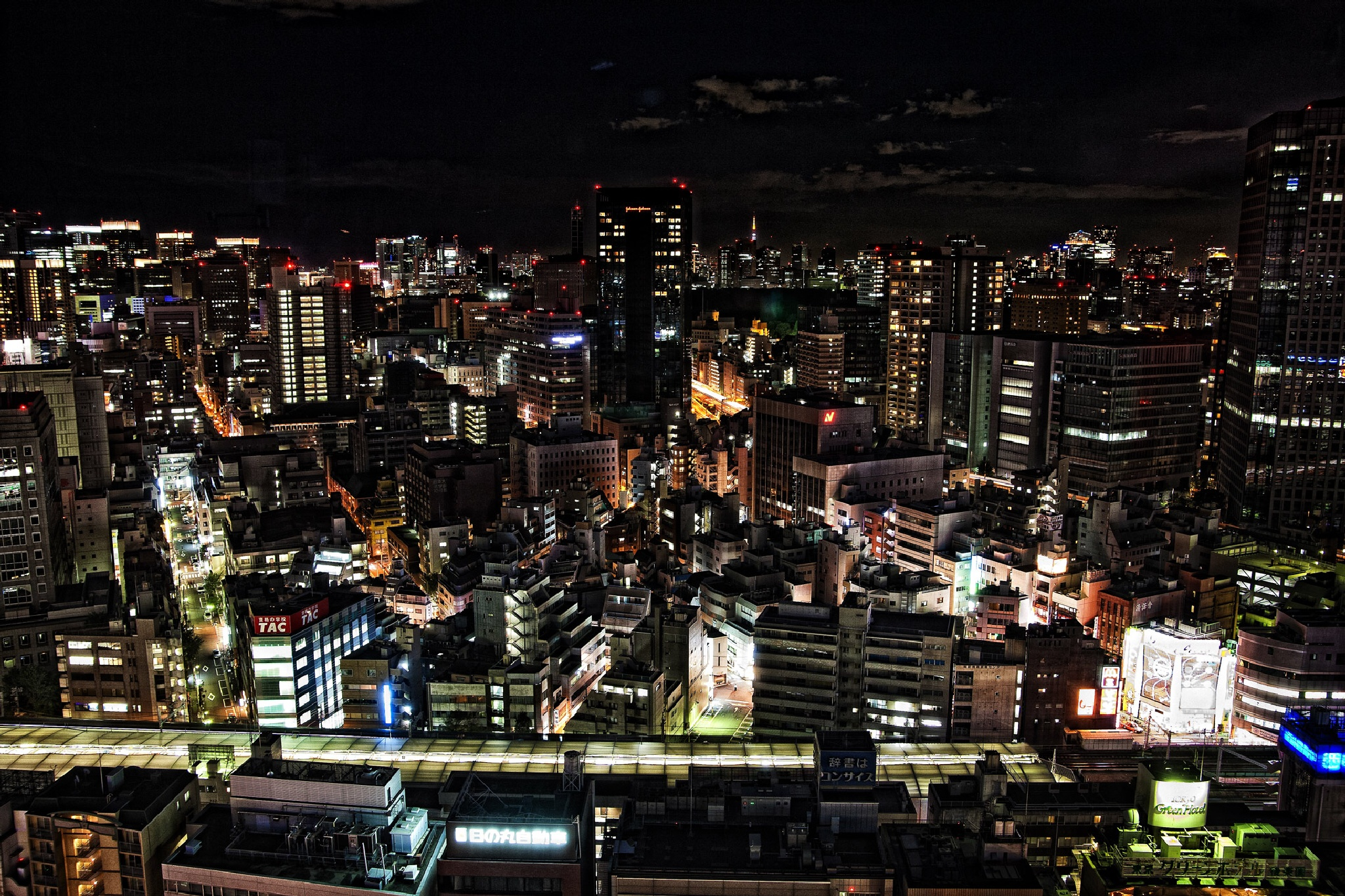 Tokyo Night life  by monblan