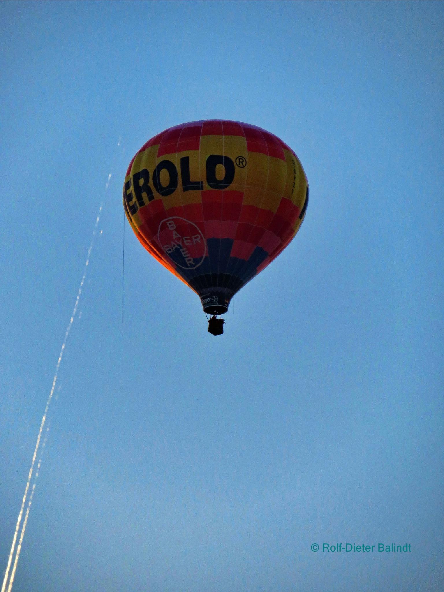 Heißluftballon by Rolf-Dieter Balindt