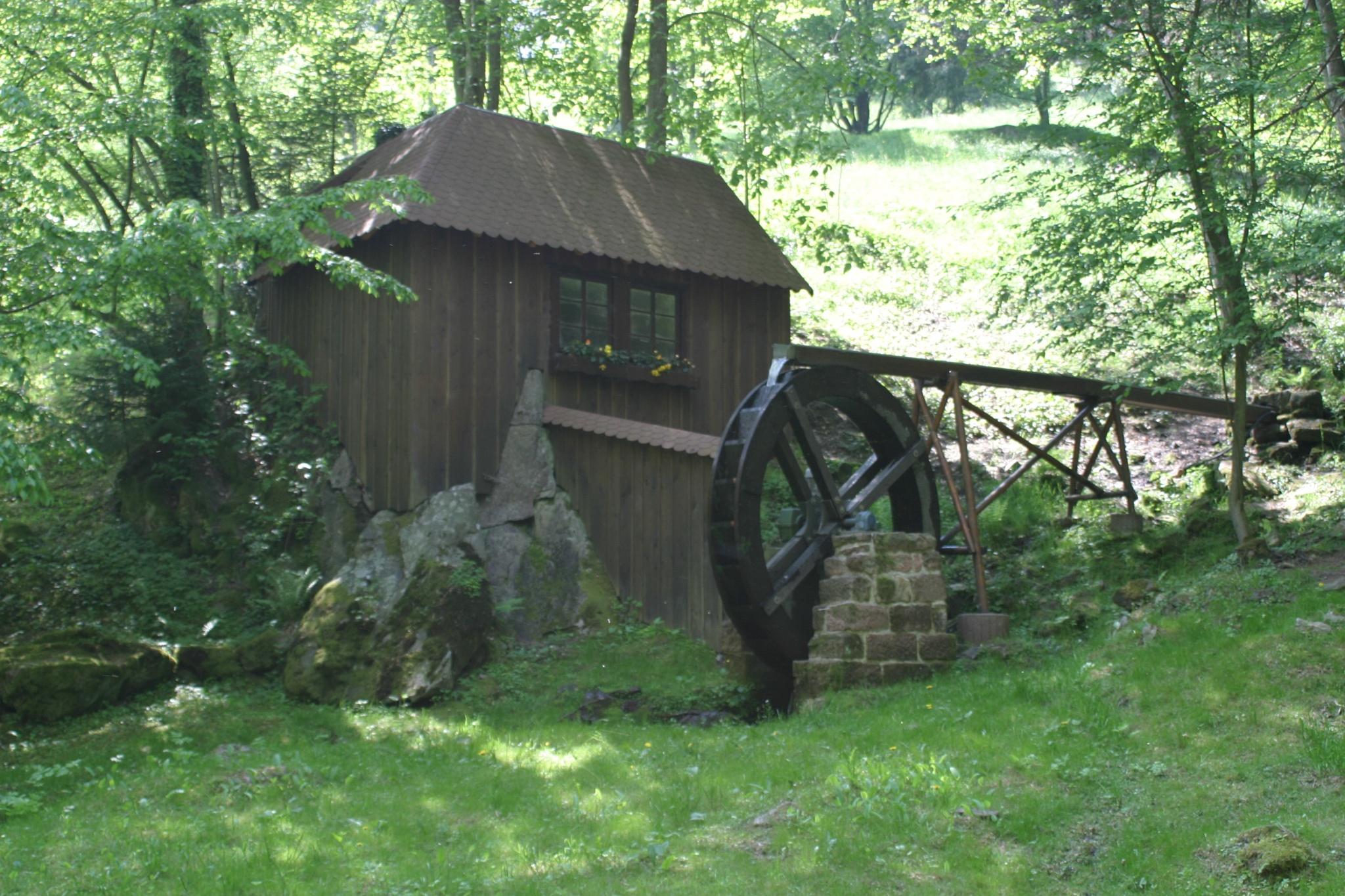 Historische Wassermühle by Rolf-Dieter Balindt