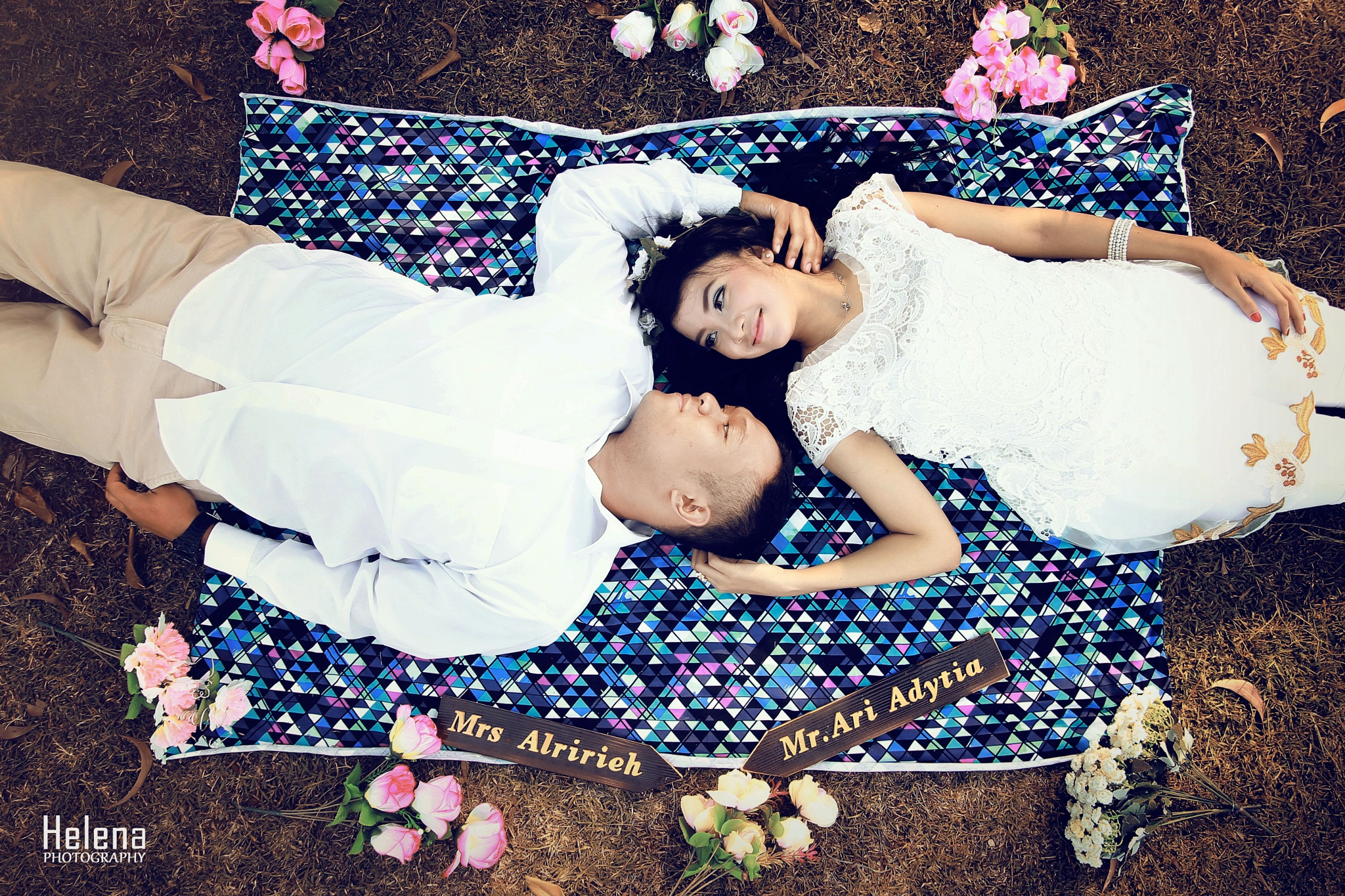 Say love forever by Helena Photo
