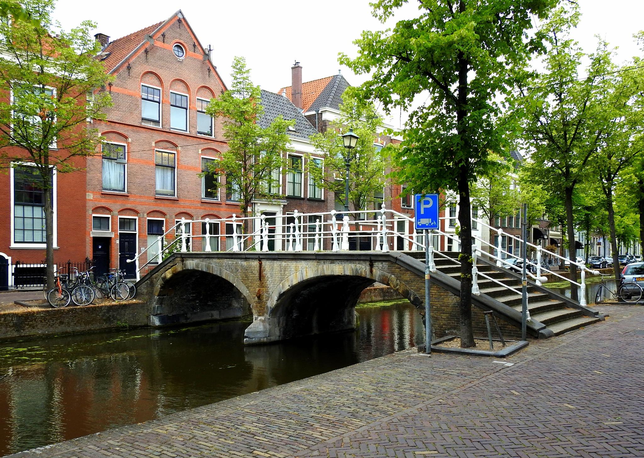 Delft (4) - Holland by Bob66