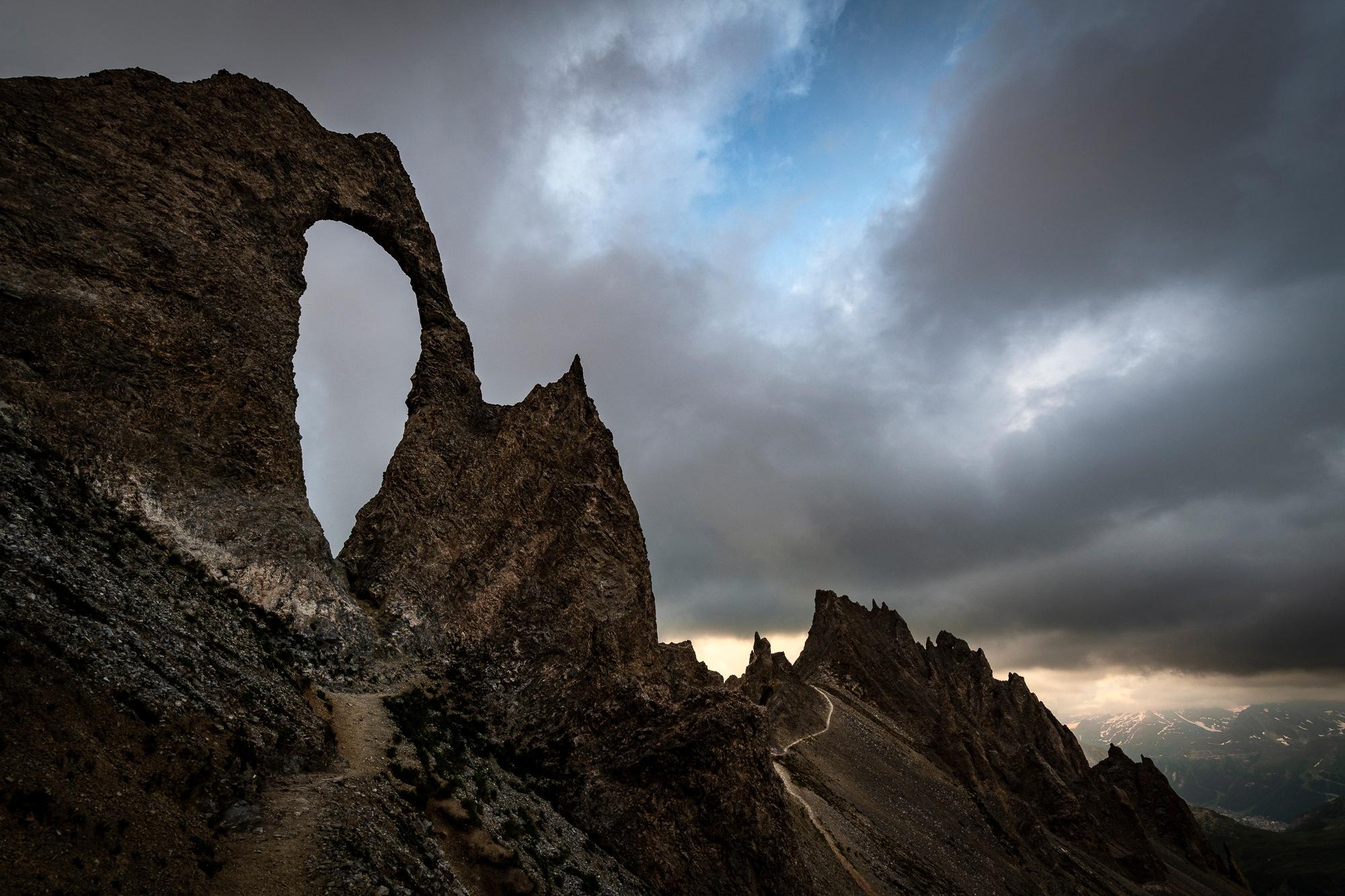 the arch by romanburri