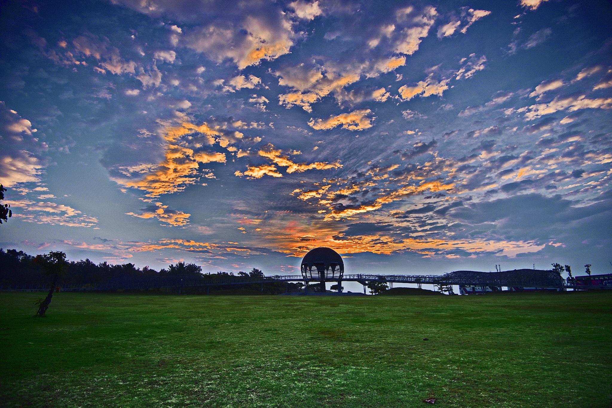 Dawn by petertyghbn